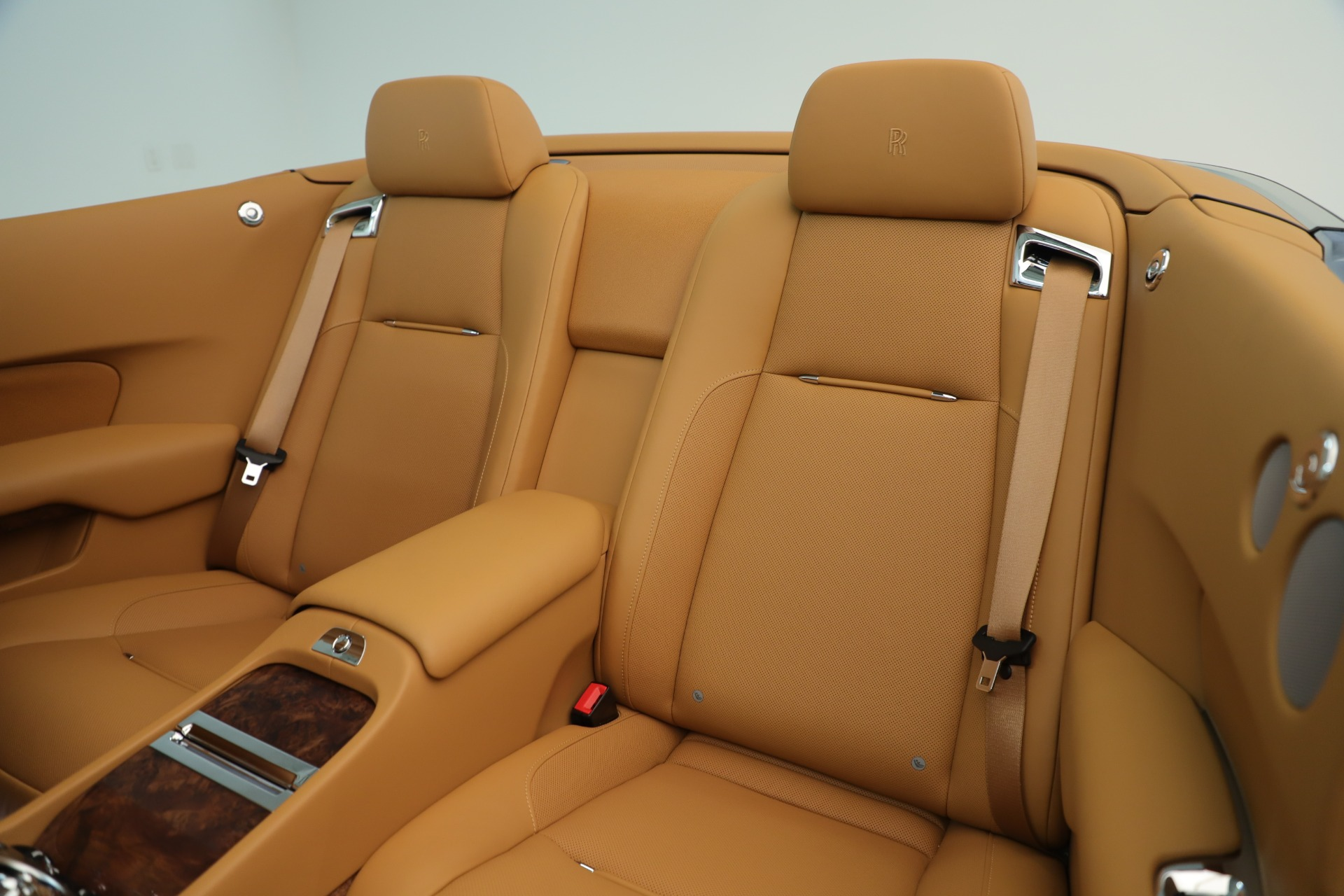 Used 2016 Rolls-Royce Dawn  For Sale In Greenwich, CT 3373_p18