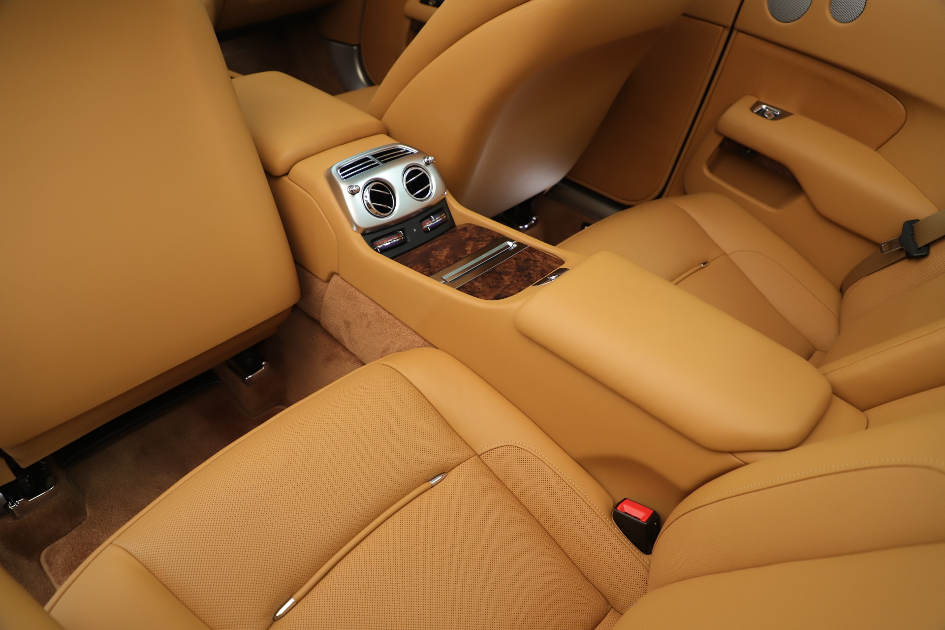 Used 2016 Rolls-Royce Dawn  For Sale In Greenwich, CT 3373_p32