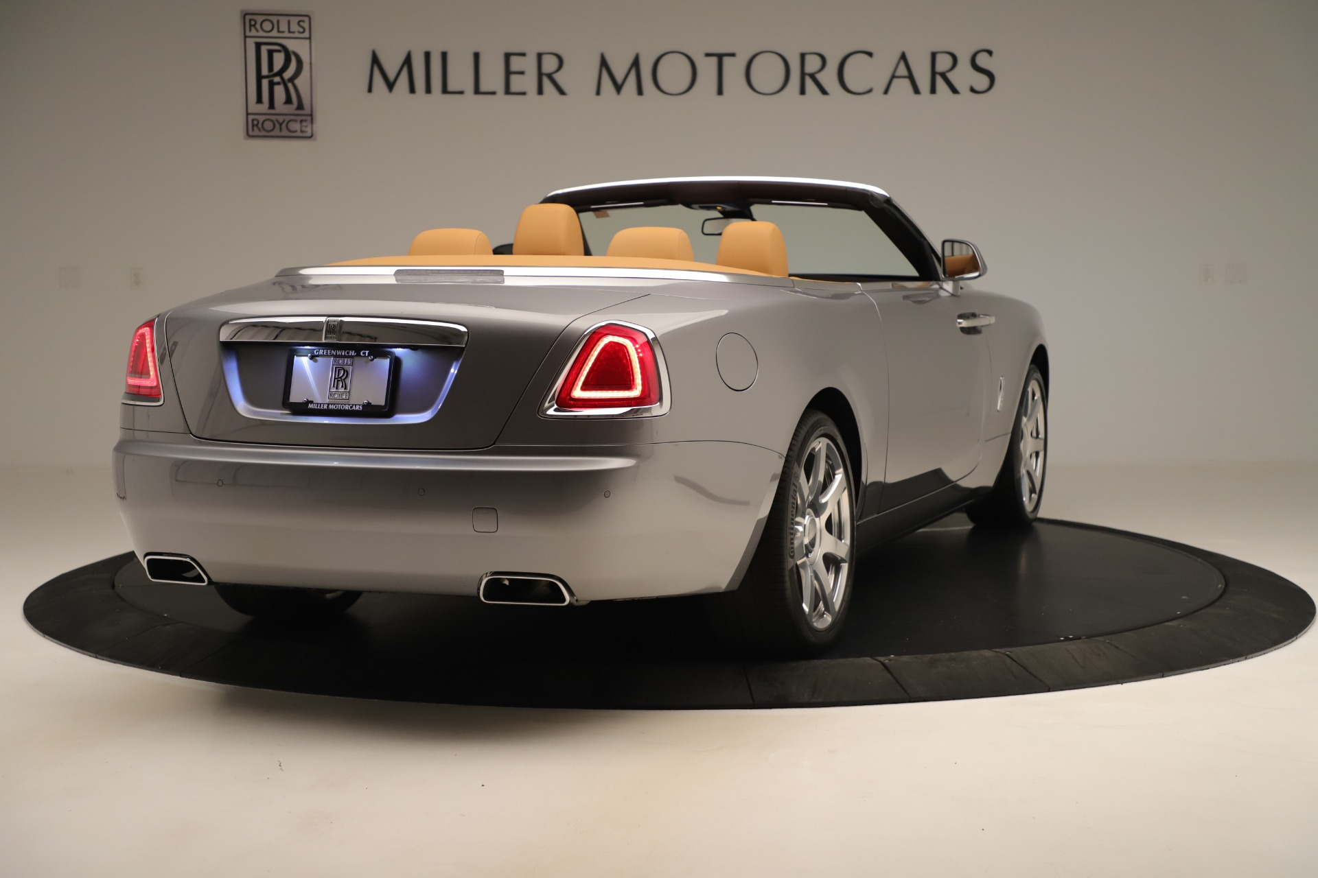 Used 2016 Rolls-Royce Dawn  For Sale In Greenwich, CT 3373_p6