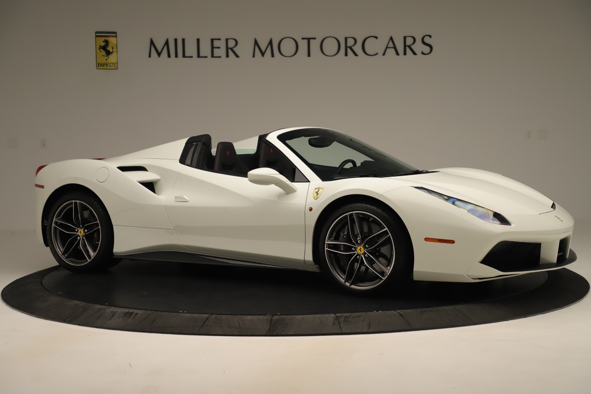 Used 2016 Ferrari 488 Spider  For Sale In Greenwich, CT 3375_p10
