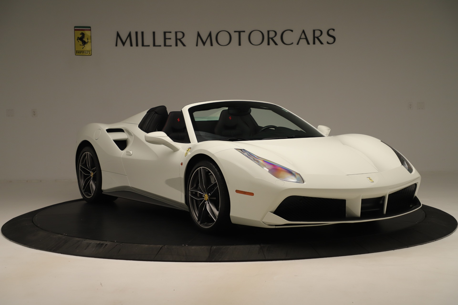 Used 2016 Ferrari 488 Spider  For Sale In Greenwich, CT 3375_p11