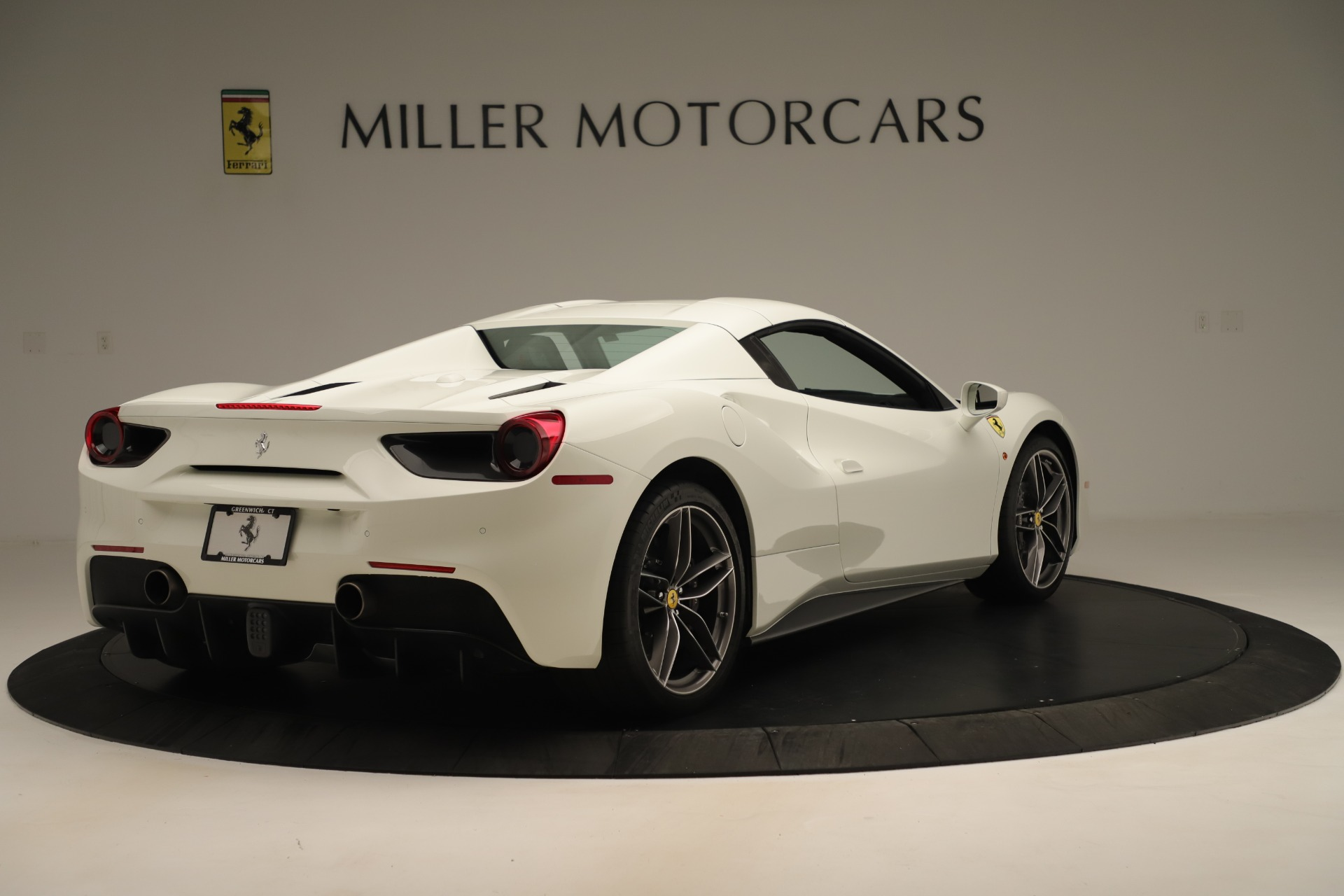 Used 2016 Ferrari 488 Spider  For Sale In Greenwich, CT 3375_p16