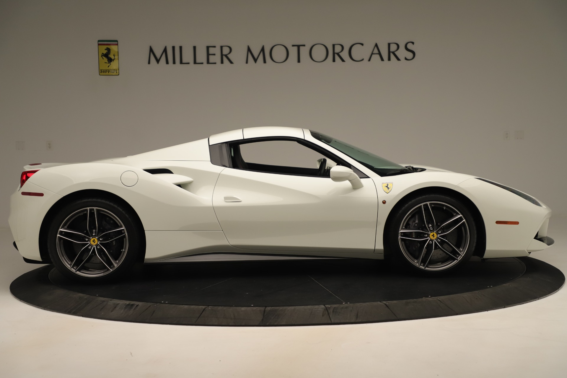 Used 2016 Ferrari 488 Spider  For Sale In Greenwich, CT 3375_p17