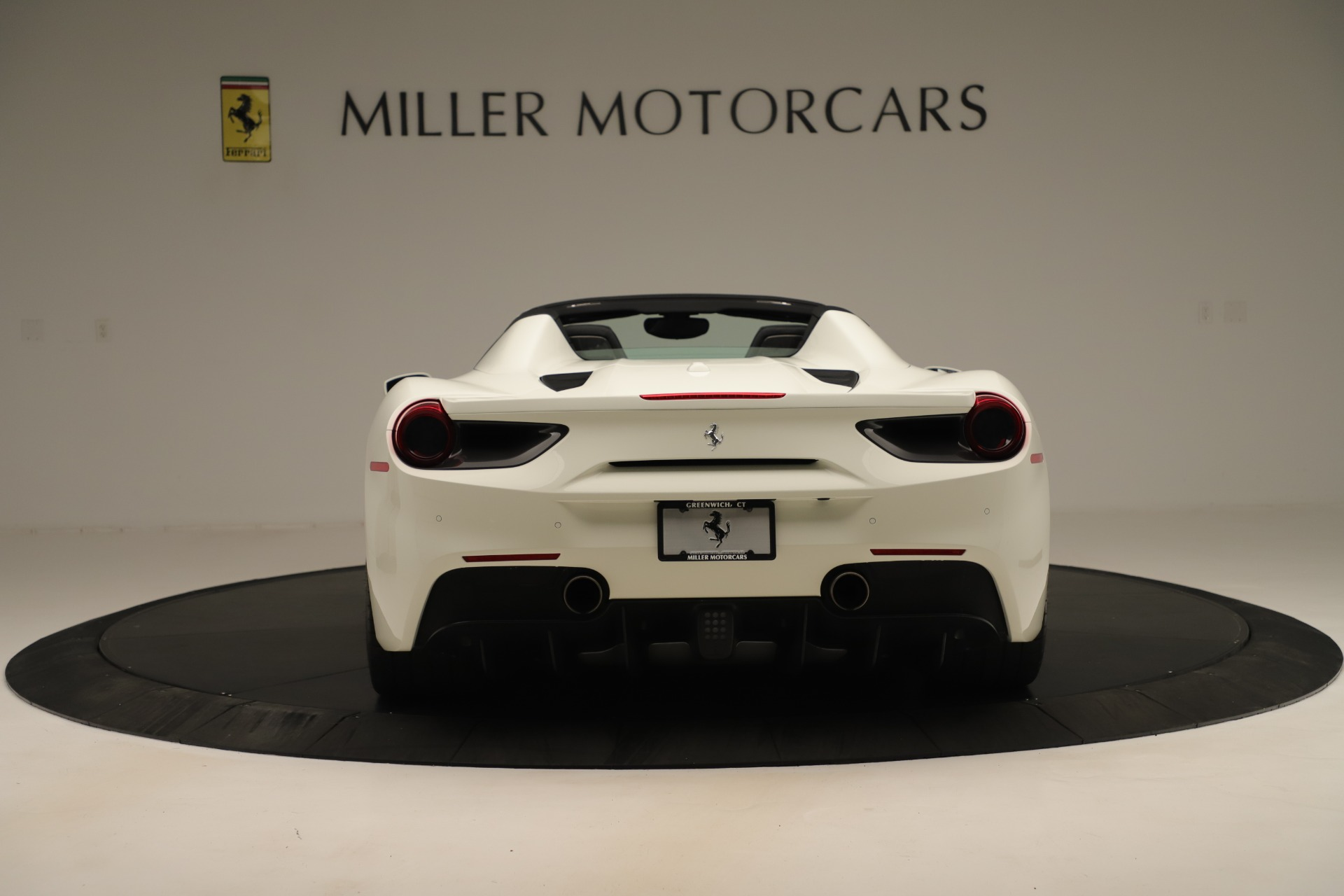 Used 2016 Ferrari 488 Spider  For Sale In Greenwich, CT 3375_p6
