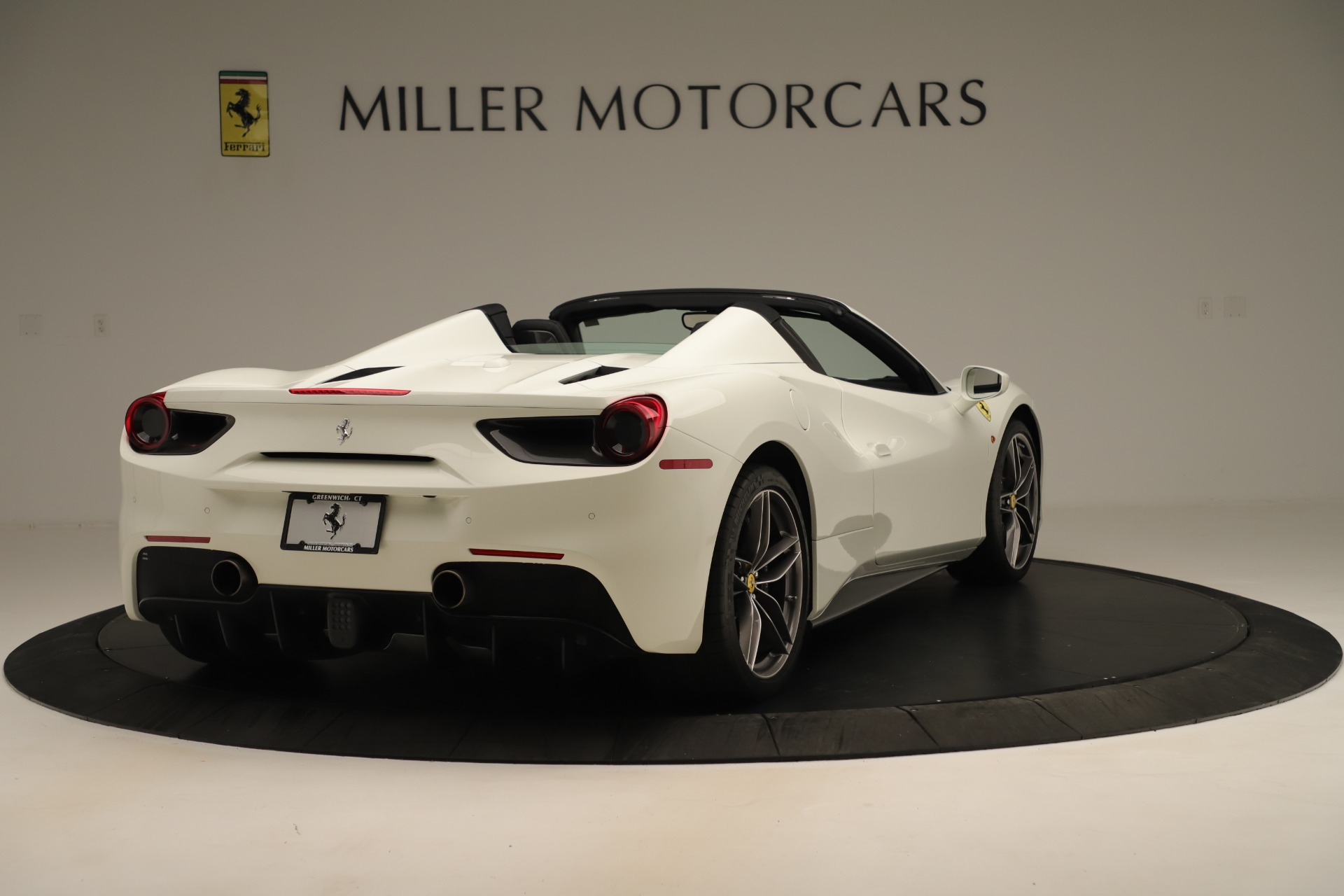 Used 2016 Ferrari 488 Spider  For Sale In Greenwich, CT 3375_p7
