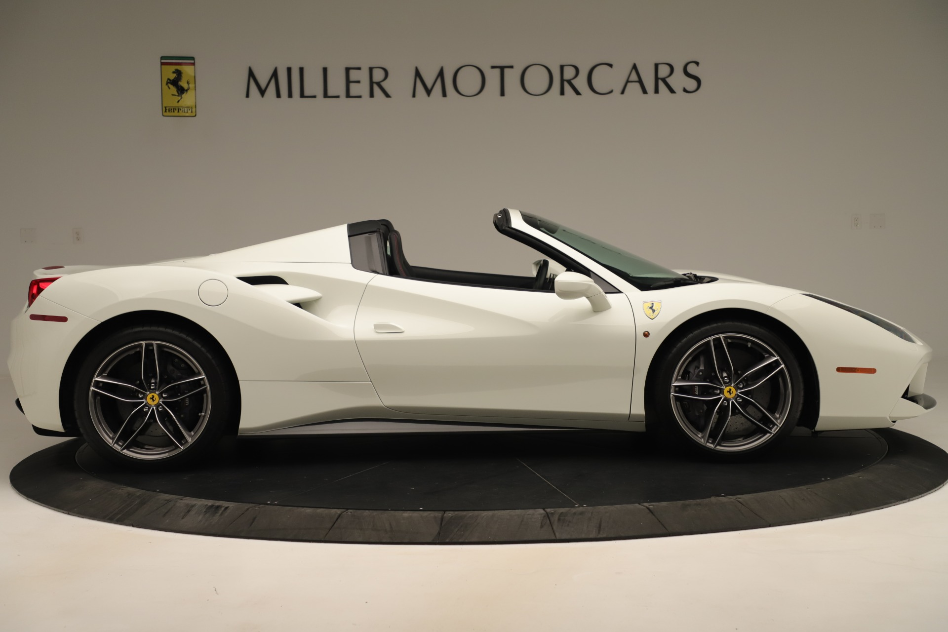 Used 2016 Ferrari 488 Spider  For Sale In Greenwich, CT 3375_p9