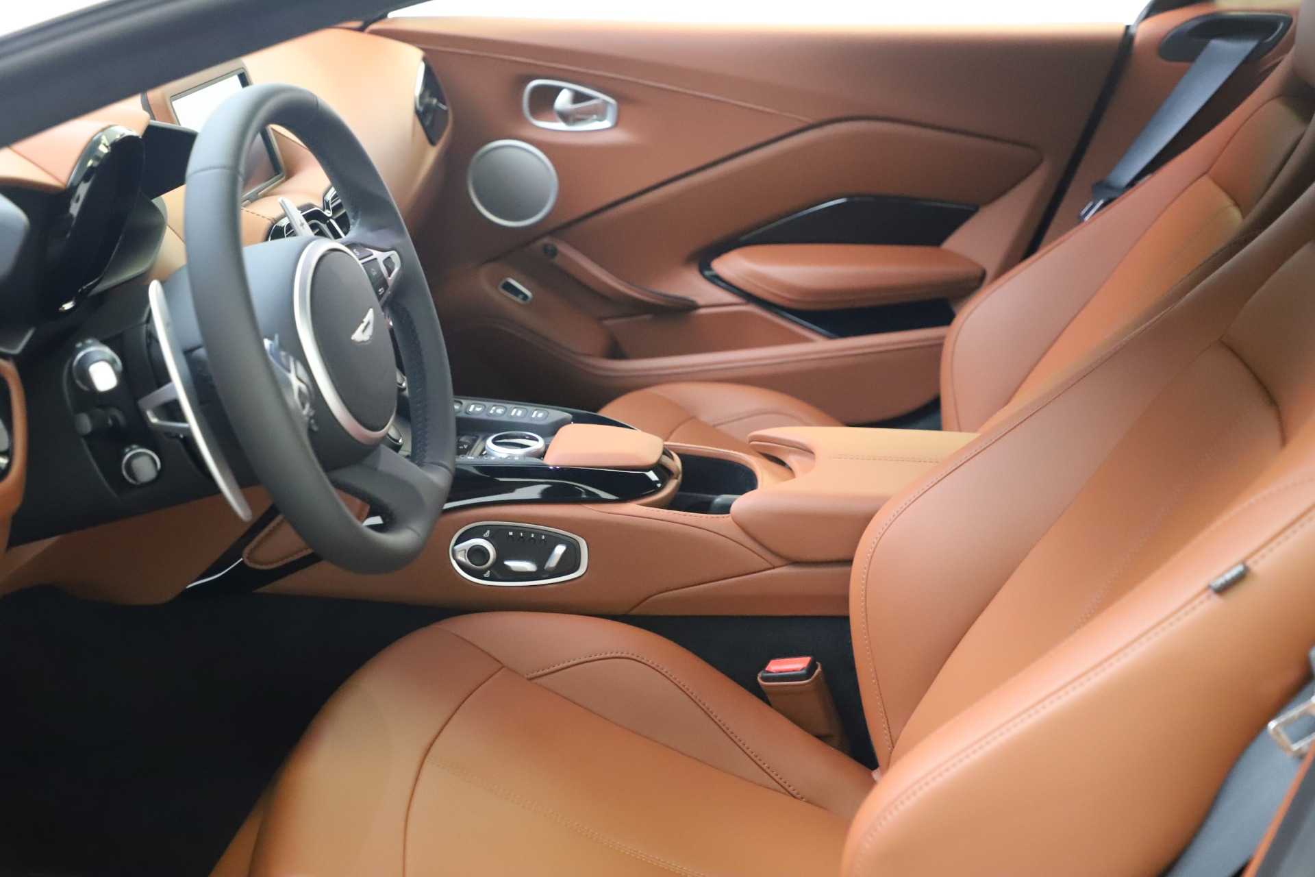 New 2020 Aston Martin Vantage Coupe For Sale In Greenwich, CT 3378_p13