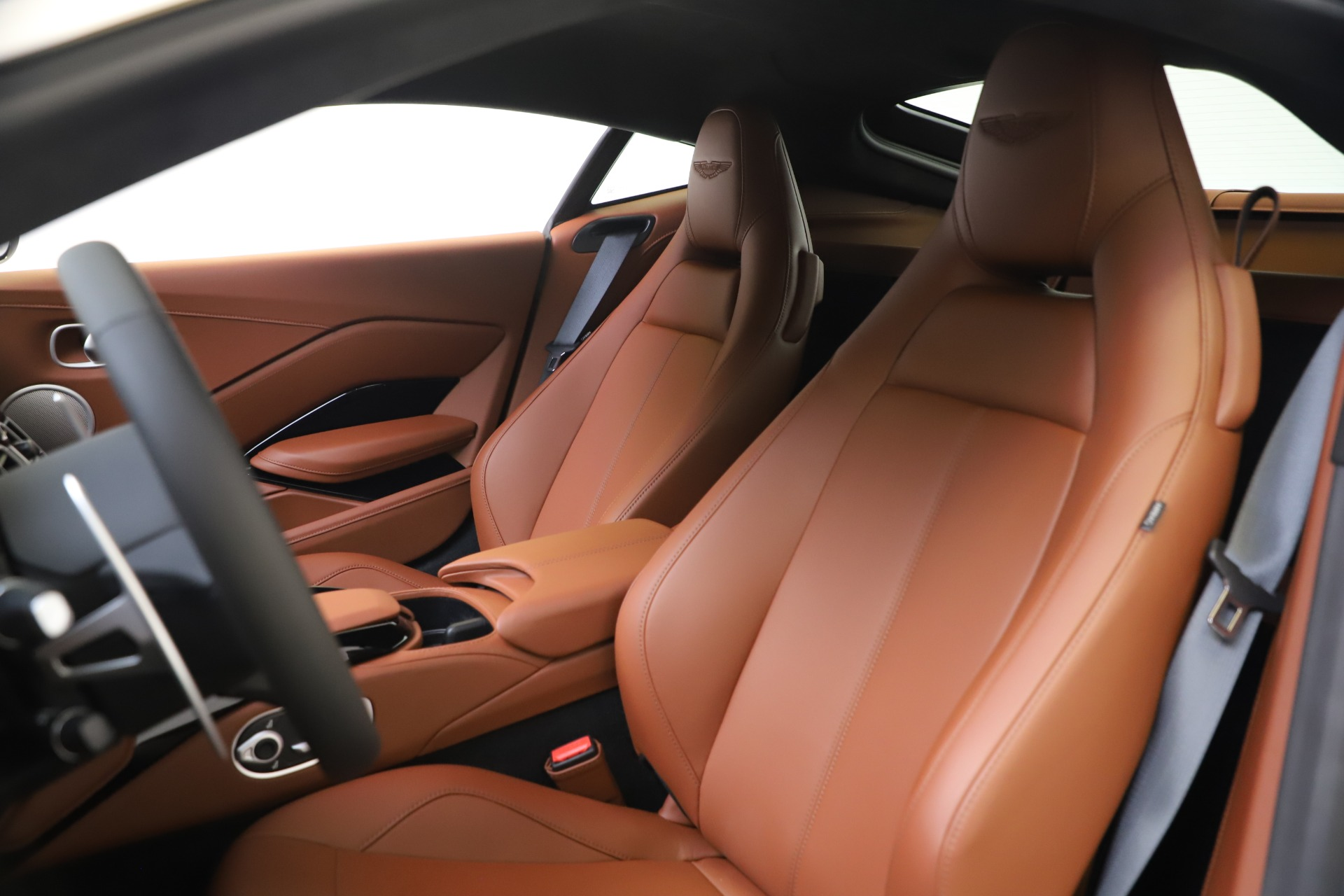 New 2020 Aston Martin Vantage Coupe For Sale In Greenwich, CT 3378_p14