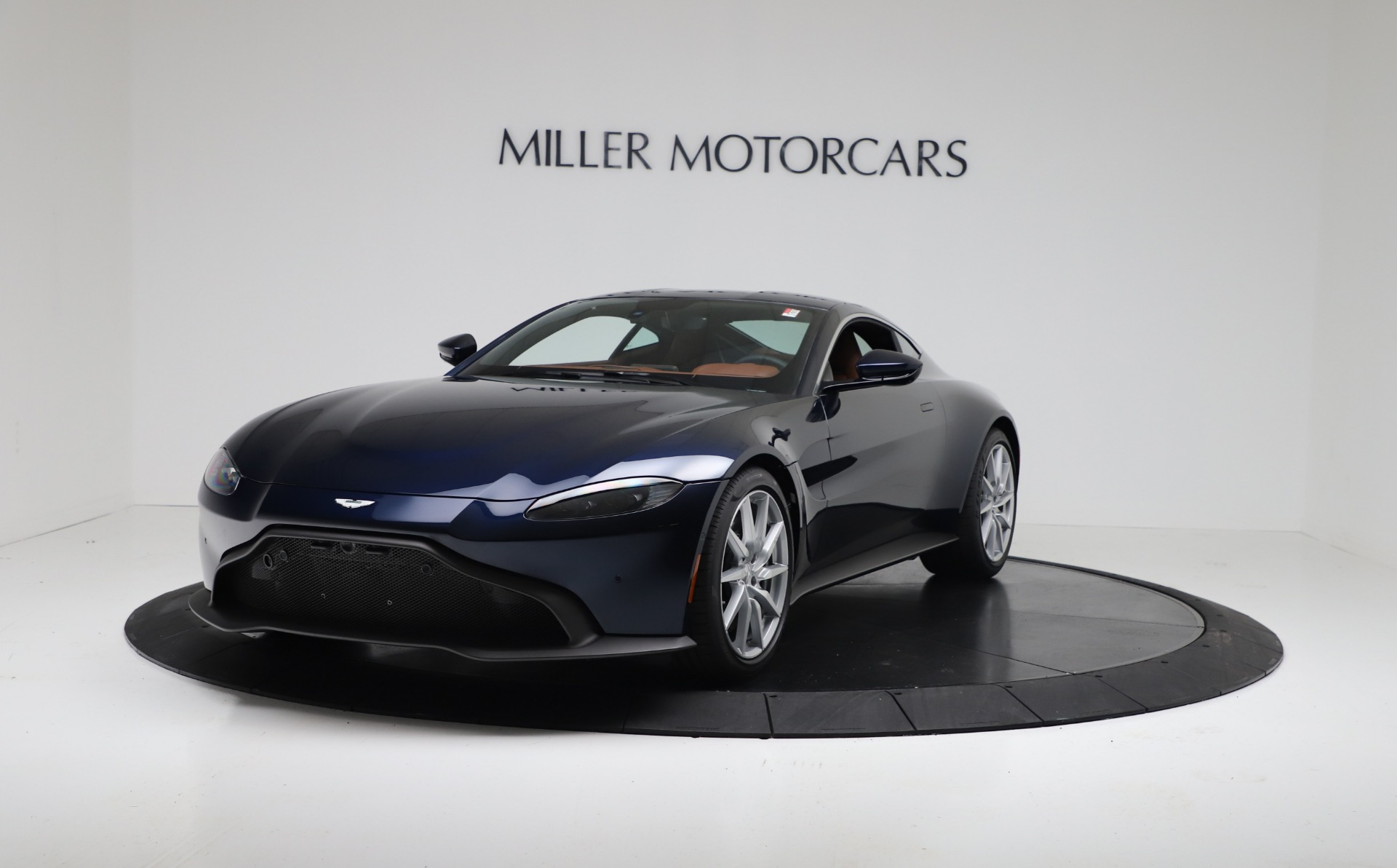New 2020 Aston Martin Vantage Coupe For Sale In Greenwich, CT 3378_p2