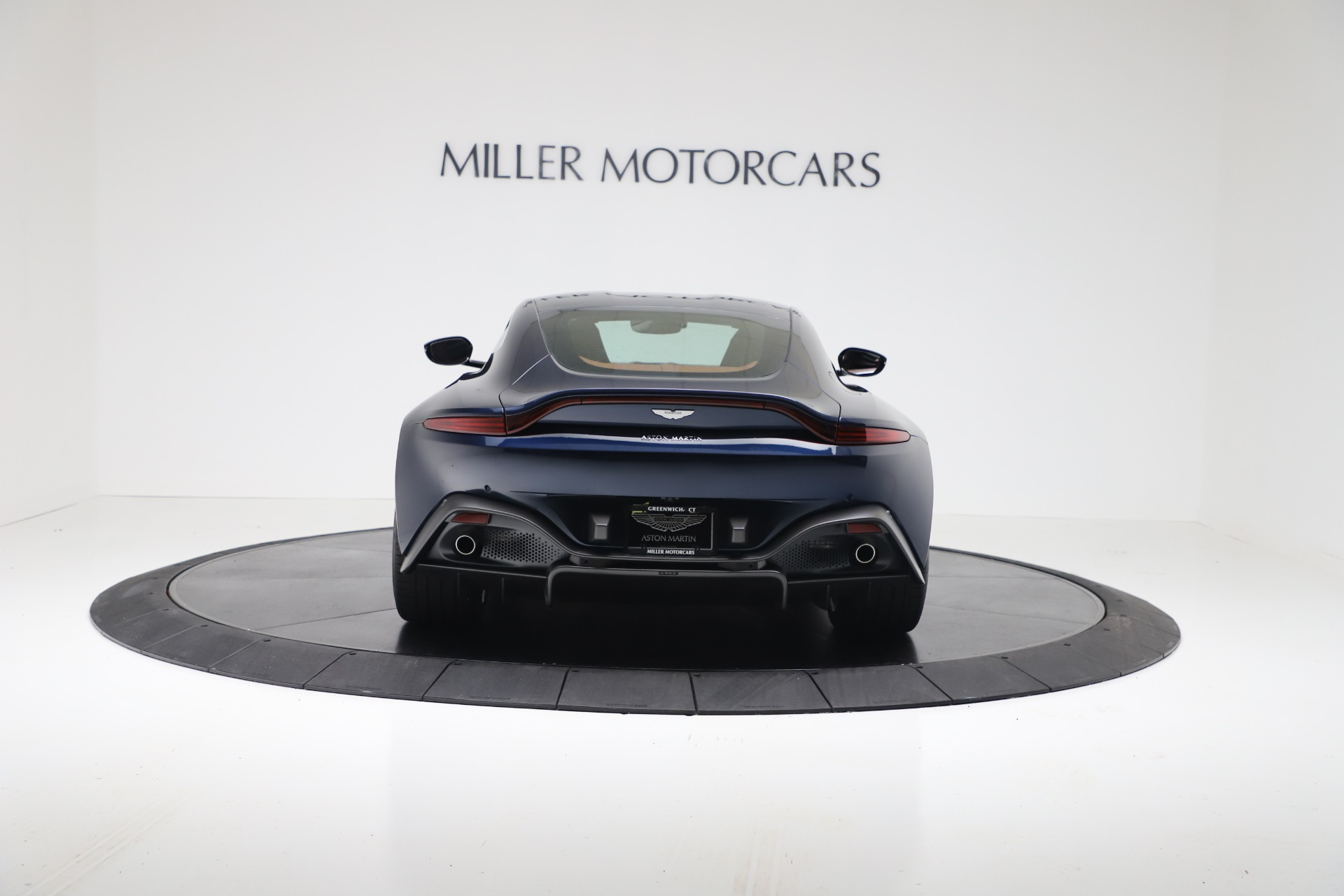 New 2020 Aston Martin Vantage Coupe For Sale In Greenwich, CT 3378_p5