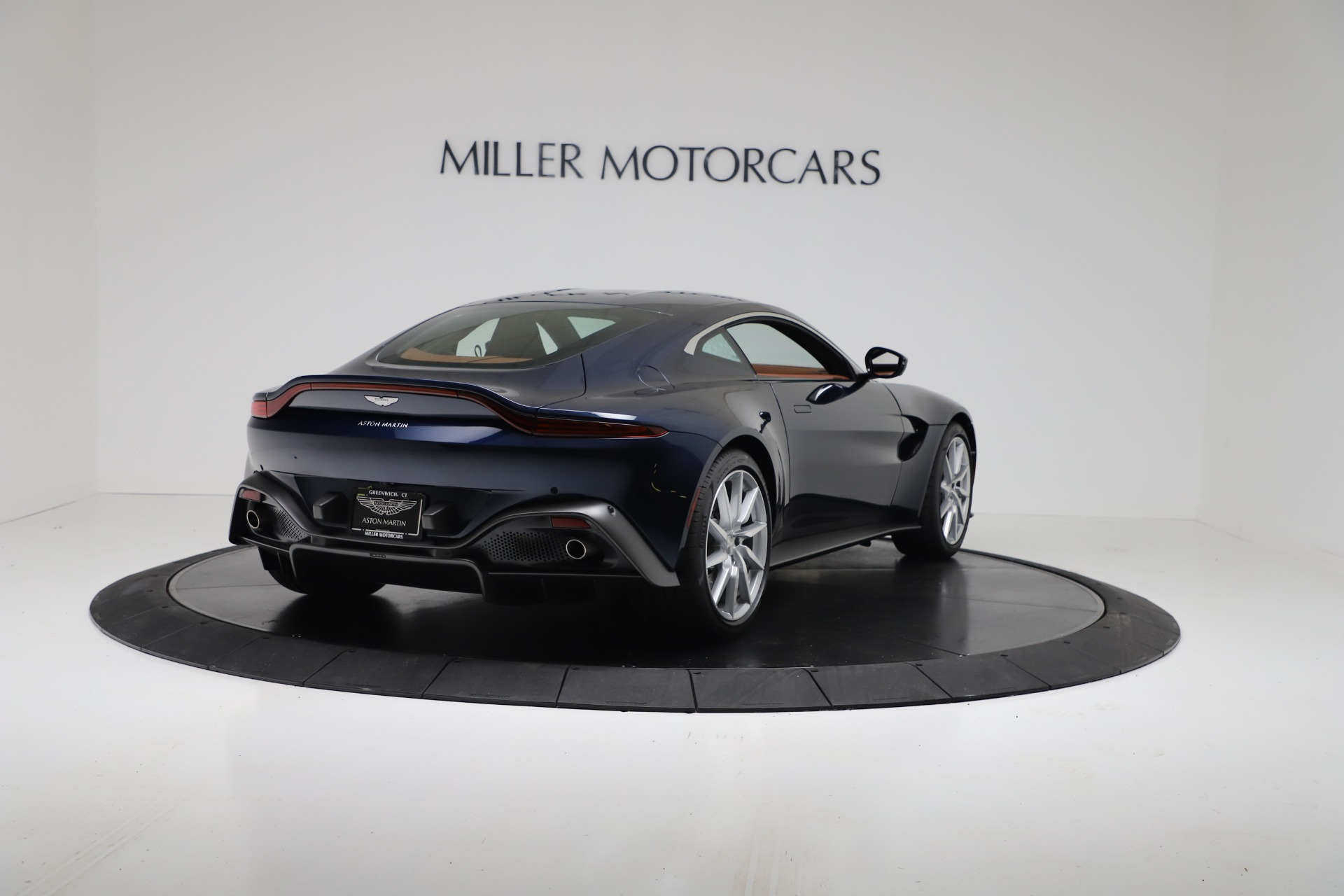 New 2020 Aston Martin Vantage Coupe For Sale In Greenwich, CT 3378_p6