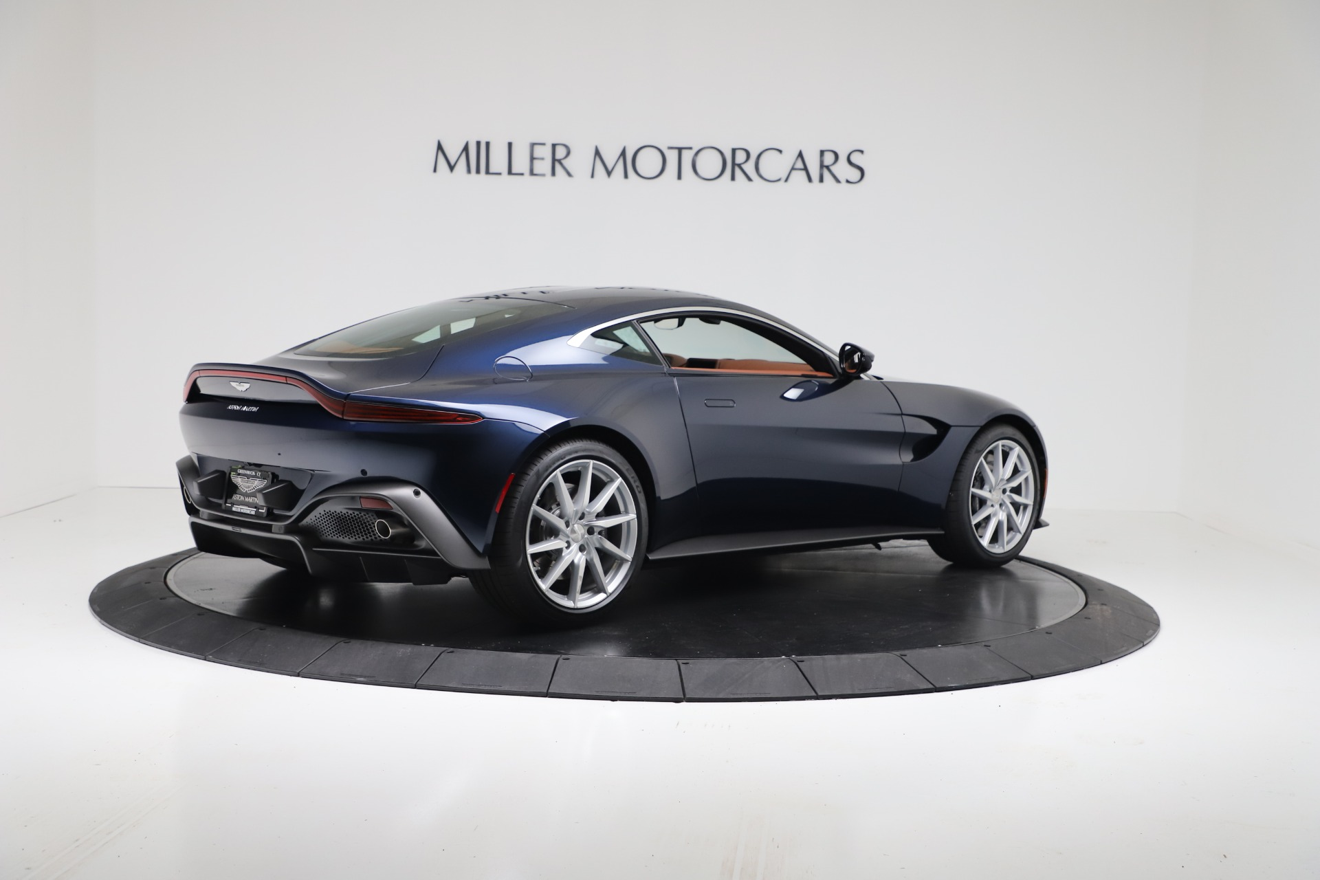 New 2020 Aston Martin Vantage Coupe For Sale In Greenwich, CT 3378_p7