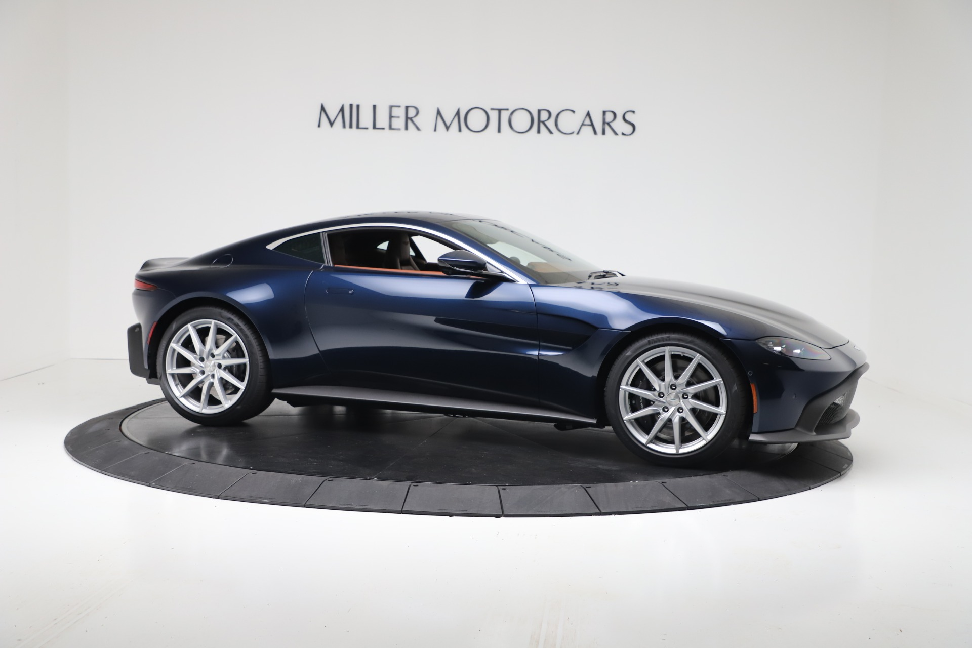New 2020 Aston Martin Vantage Coupe For Sale In Greenwich, CT 3378_p9
