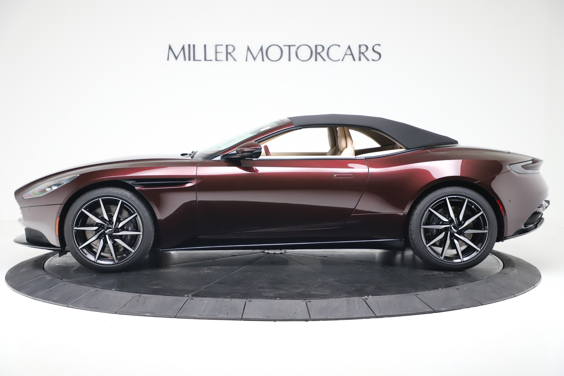 New 2020 Aston Martin DB11 Convertible For Sale In Greenwich, CT 3380_p15