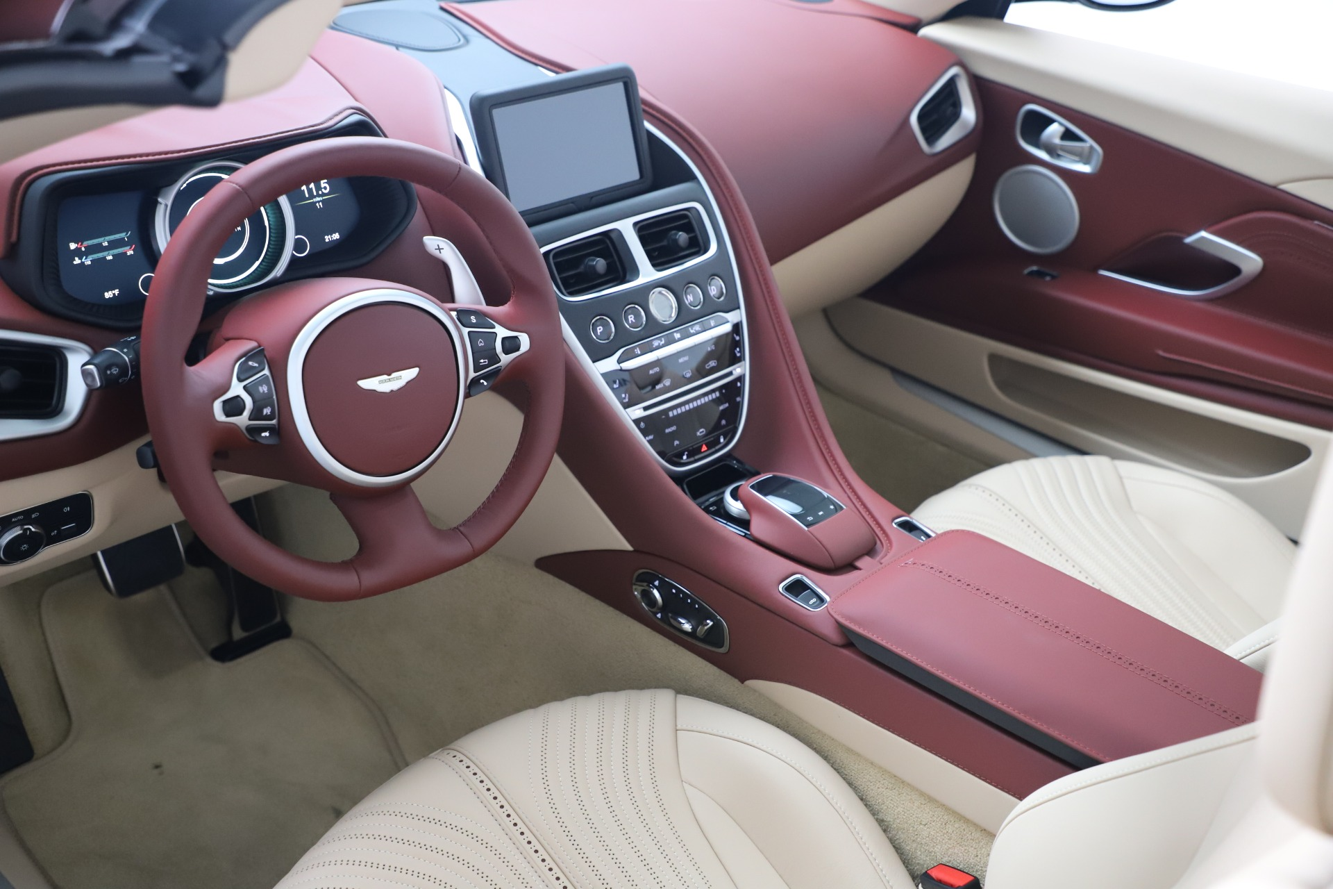 New 2020 Aston Martin DB11 Convertible For Sale In Greenwich, CT 3380_p20