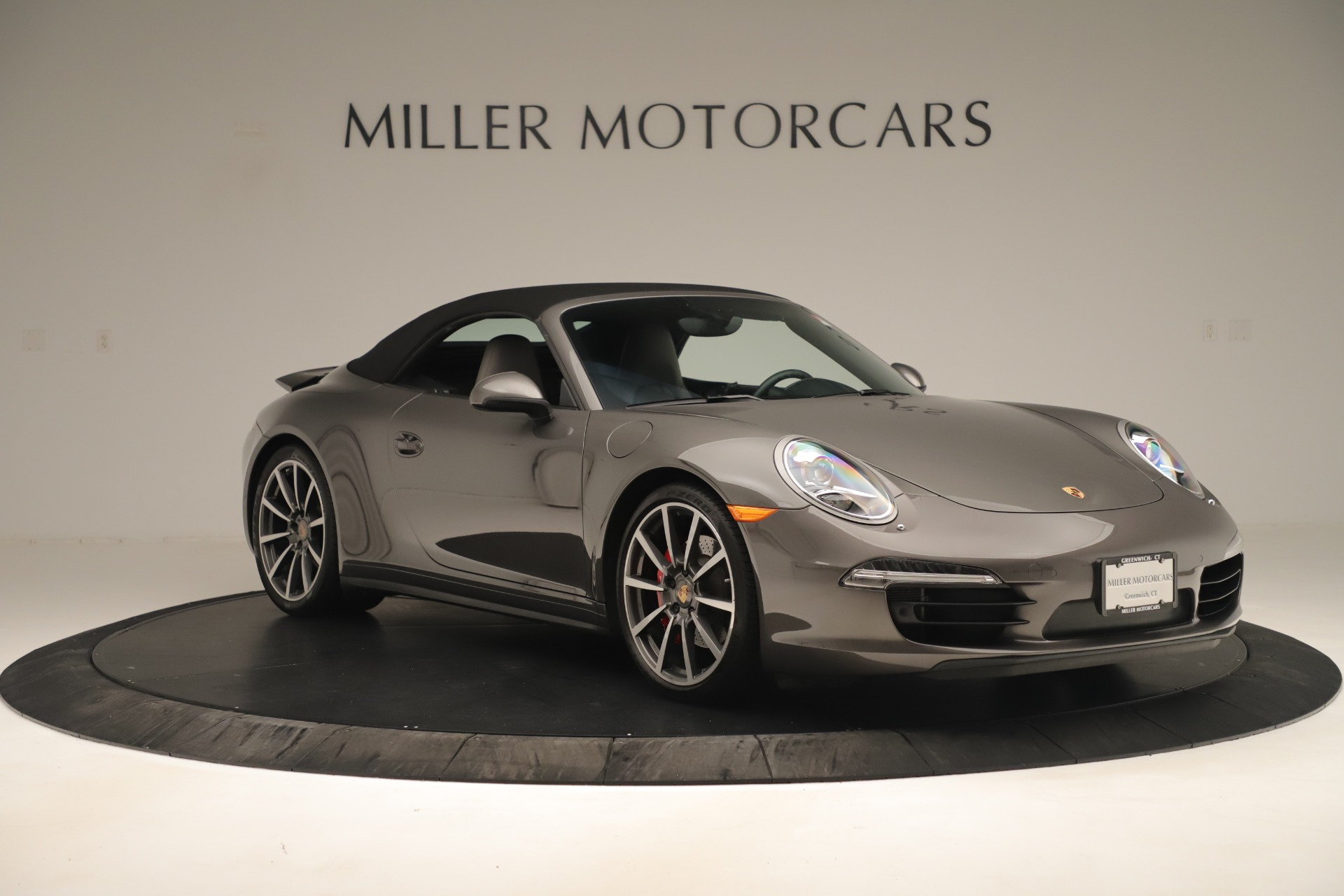 Used 2015 Porsche 911 Carrera 4S For Sale In Greenwich, CT 3383_p17