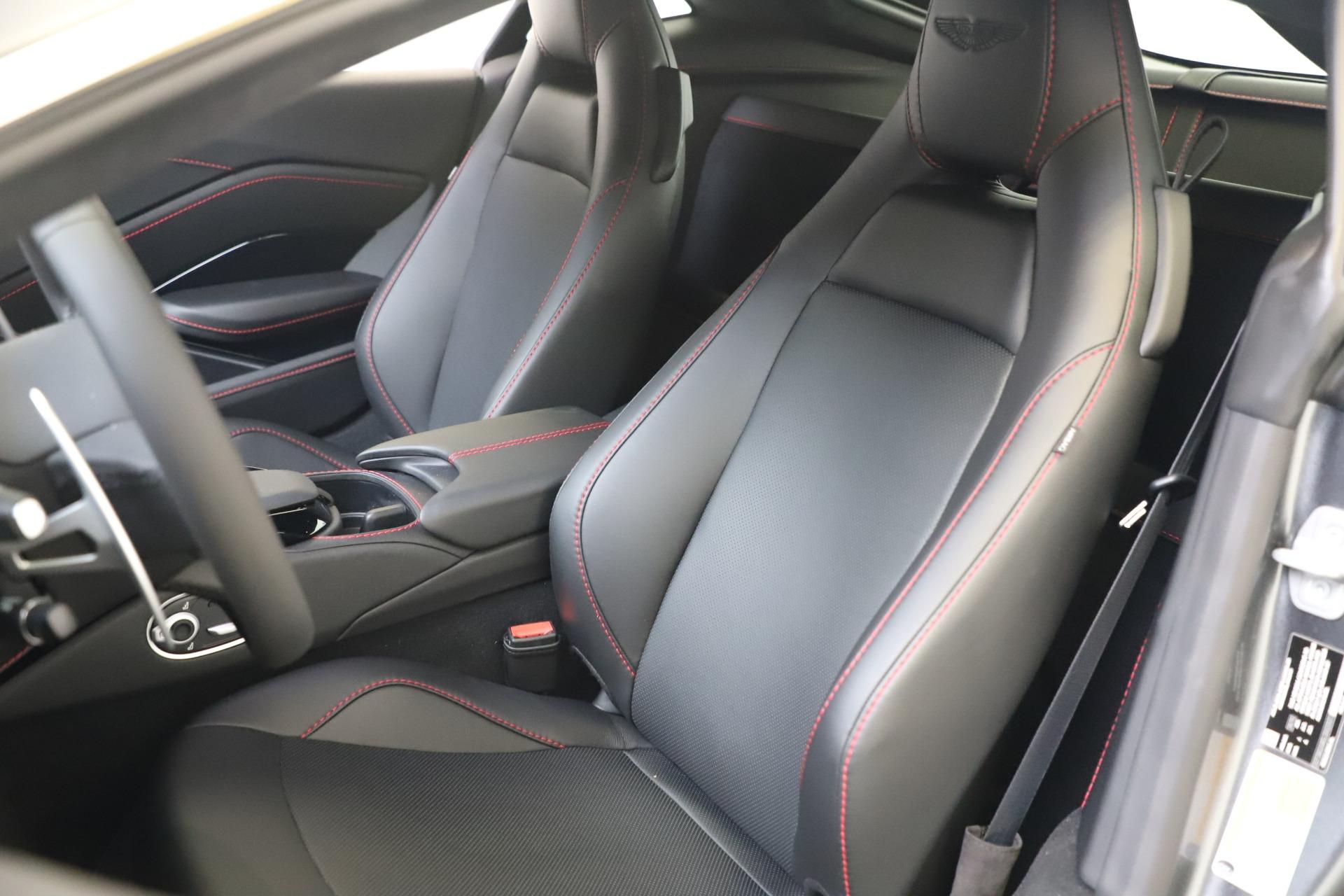 New 2020 Aston Martin Vantage V8 For Sale In Greenwich, CT 3384_p13