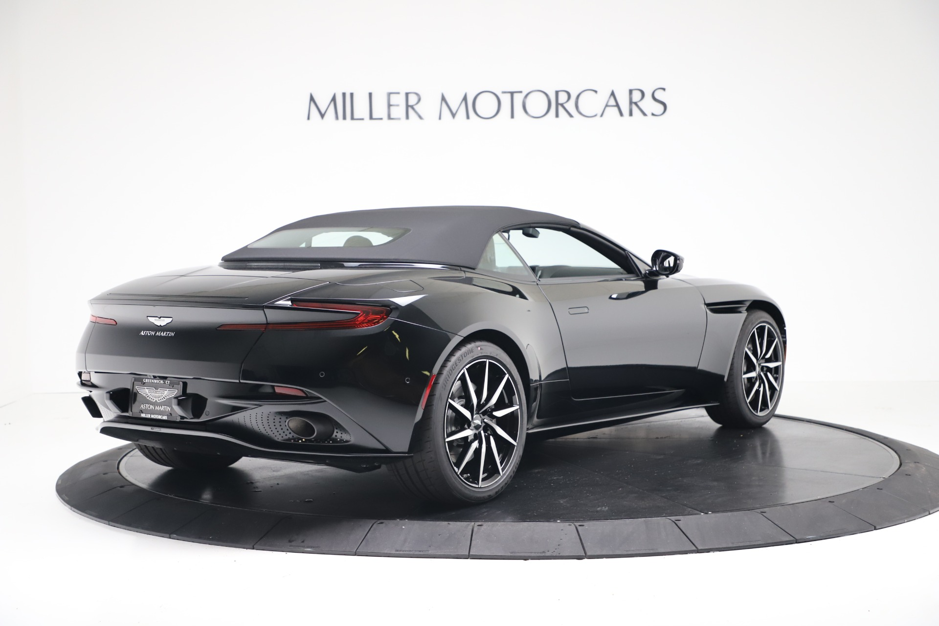 New 2020 Aston Martin DB11 Convertible For Sale In Greenwich, CT 3385_p17