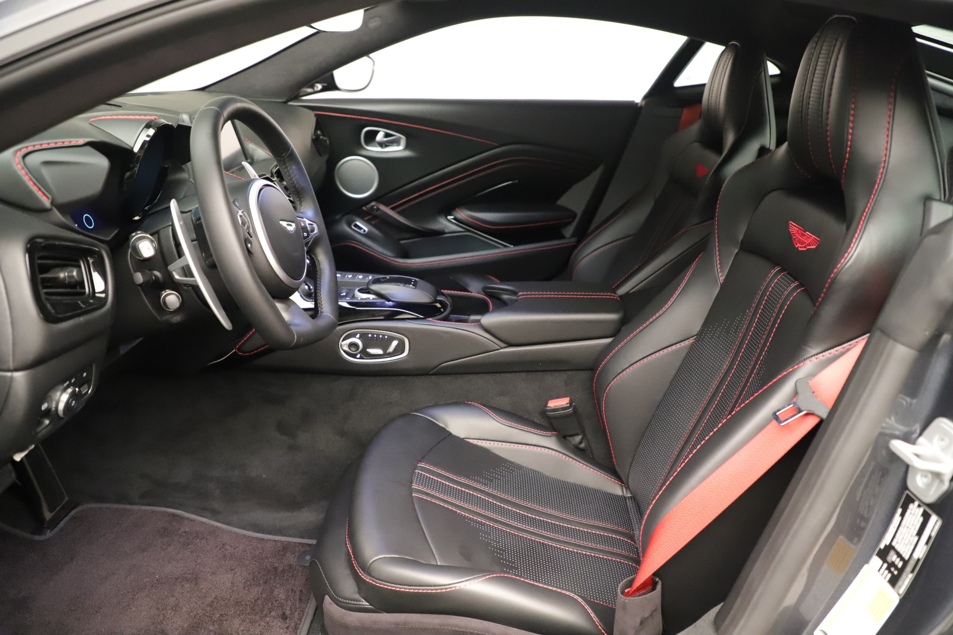 New 2020 Aston Martin Vantage Coupe For Sale In Greenwich, CT 3394_p13