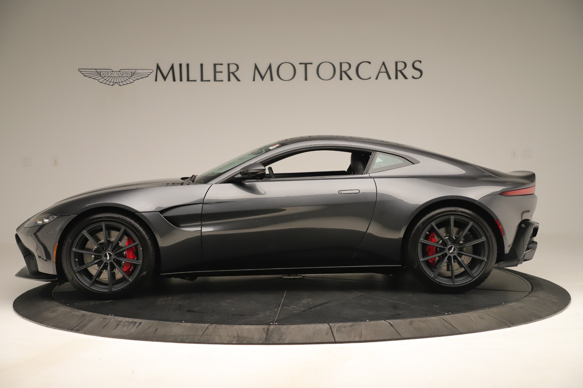 New 2020 Aston Martin Vantage Coupe For Sale In Greenwich, CT 3394_p2