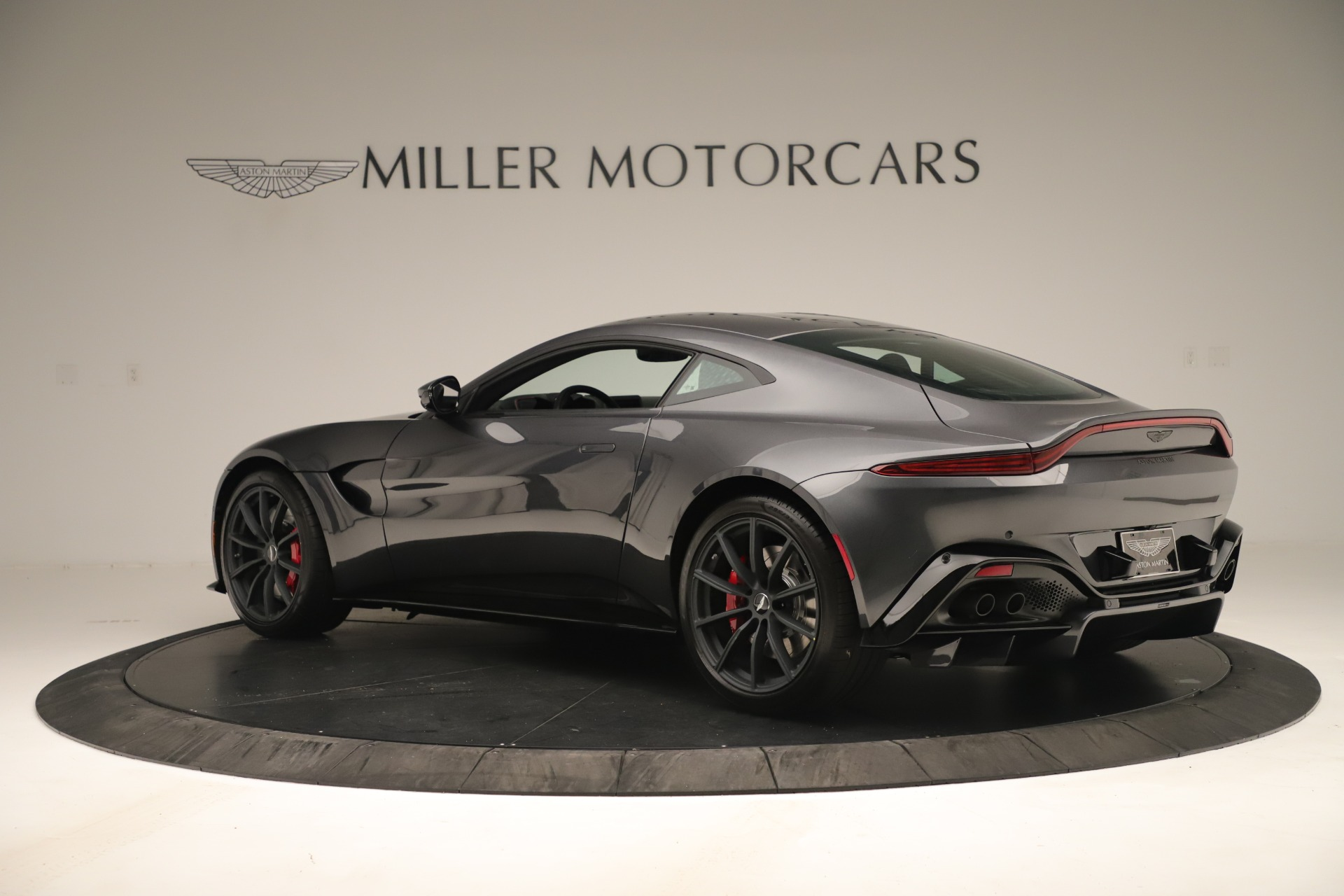 New 2020 Aston Martin Vantage Coupe For Sale In Greenwich, CT 3394_p3