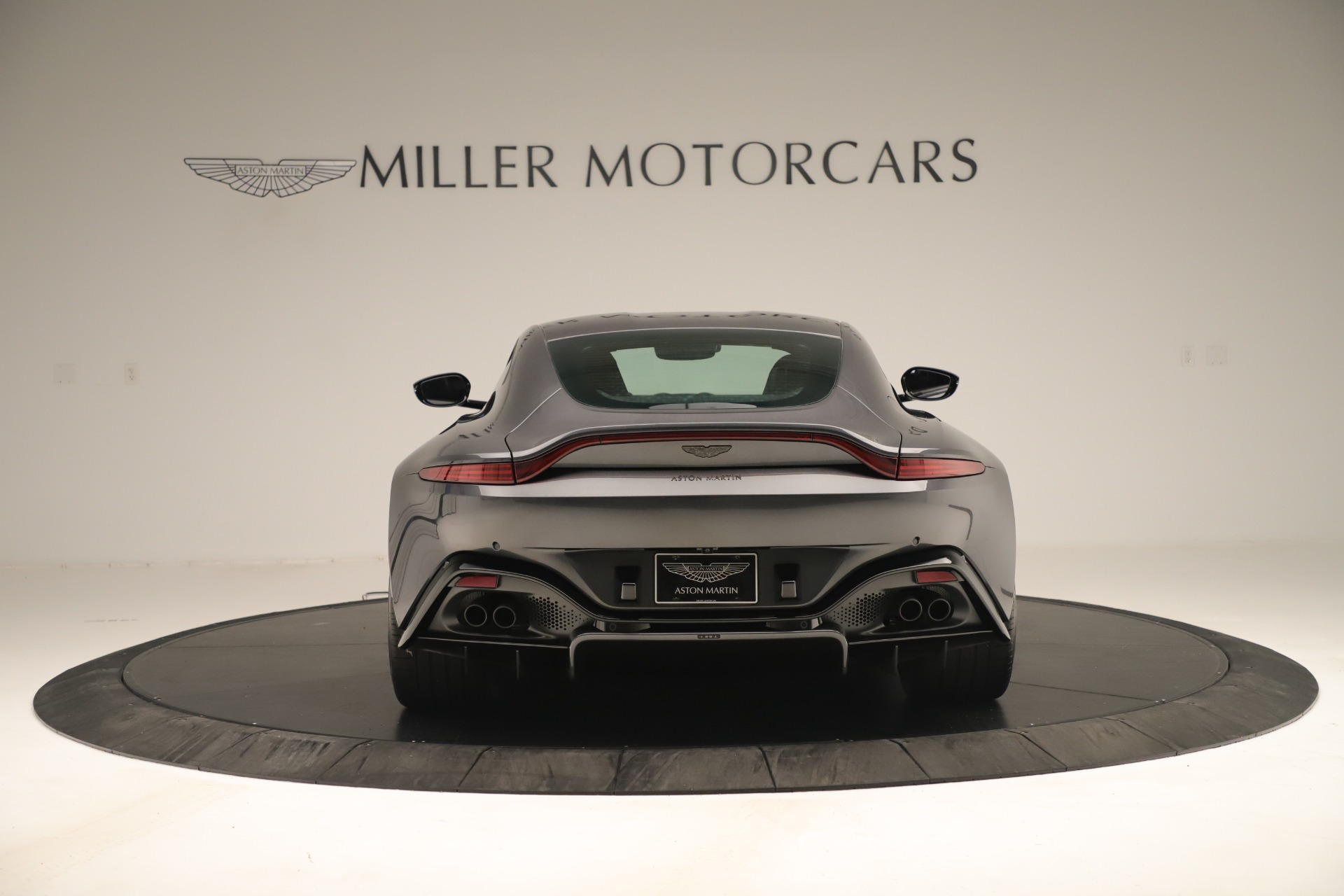 New 2020 Aston Martin Vantage Coupe For Sale In Greenwich, CT 3394_p5