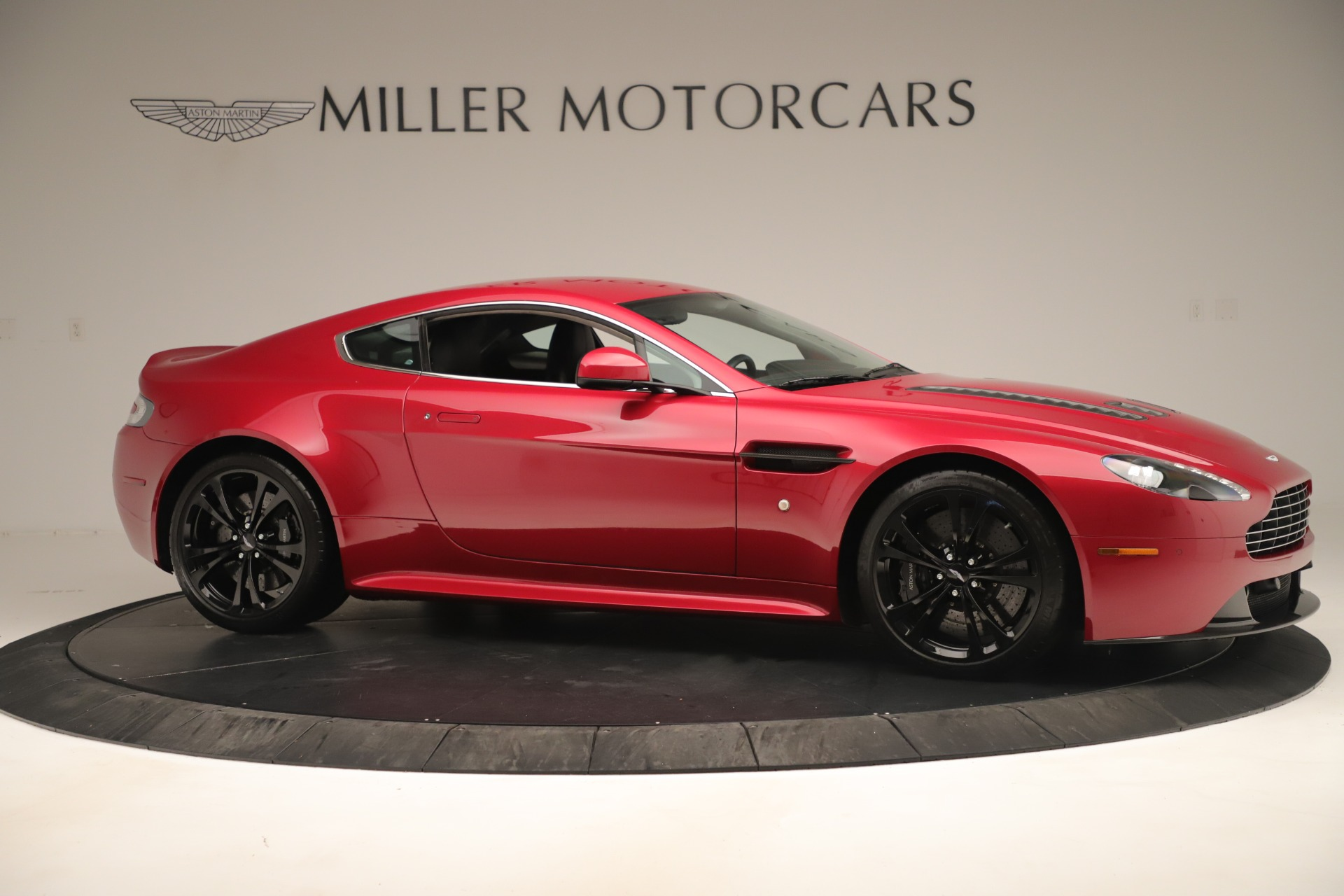 Used 2011 Aston Martin V12 Vantage Coupe For Sale In Greenwich, CT 3395_p12