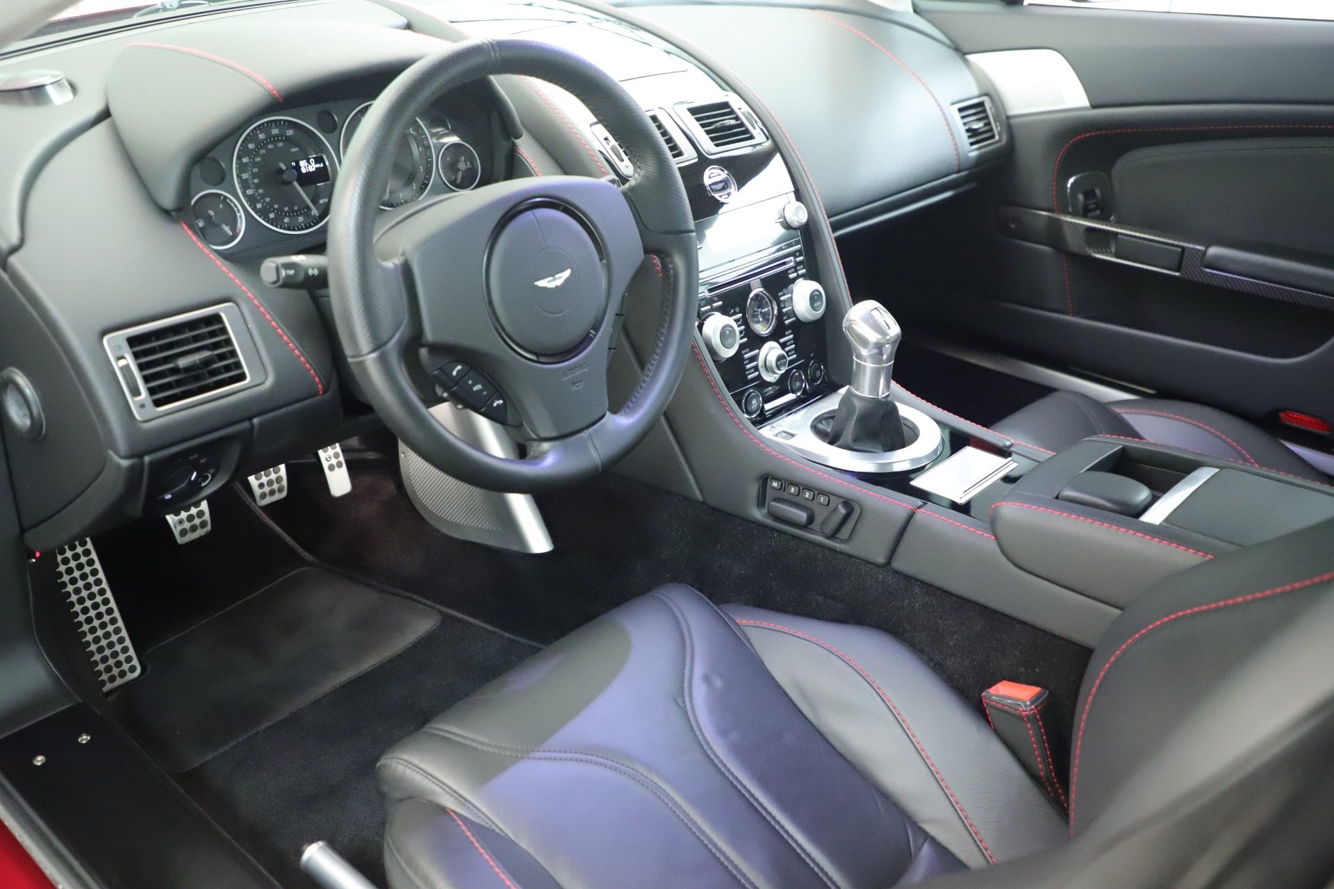 Used 2011 Aston Martin V12 Vantage Coupe For Sale In Greenwich, CT 3395_p20