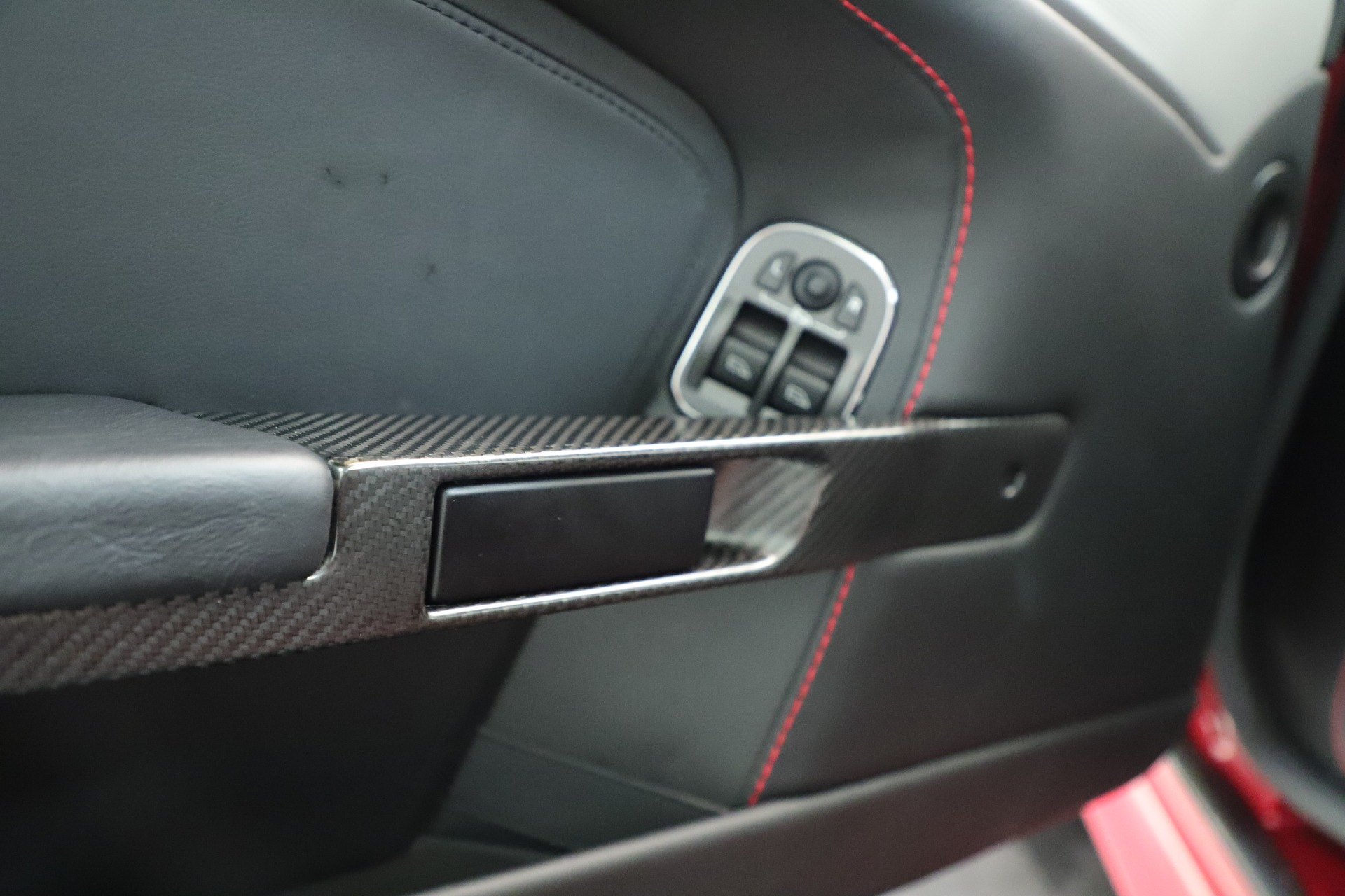 Used 2011 Aston Martin V12 Vantage Coupe For Sale In Greenwich, CT 3395_p23
