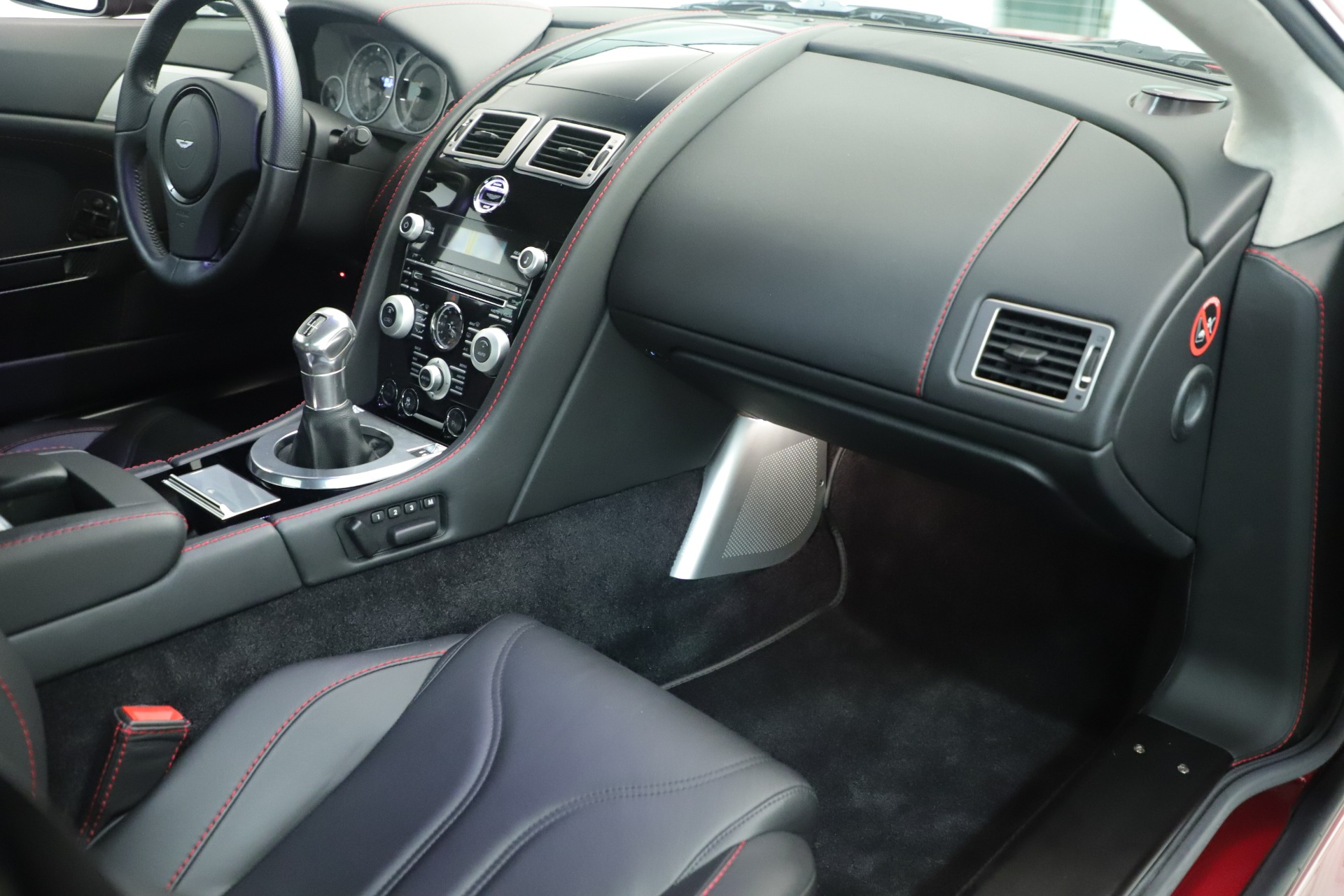 Used 2011 Aston Martin V12 Vantage Coupe For Sale In Greenwich, CT 3395_p29