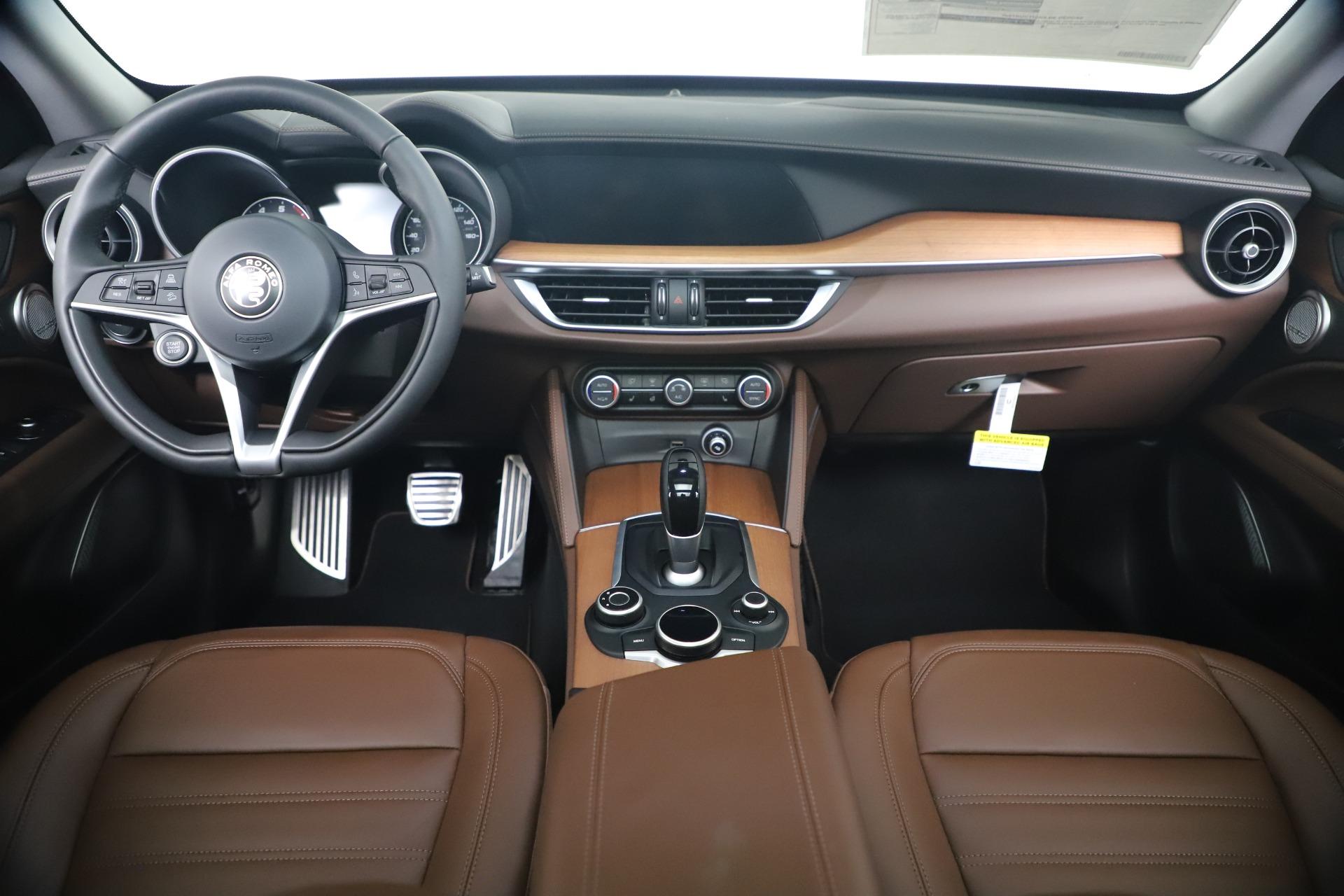 New 2019 Alfa Romeo Stelvio Ti Lusso Q4 For Sale In Greenwich, CT 3397_p16