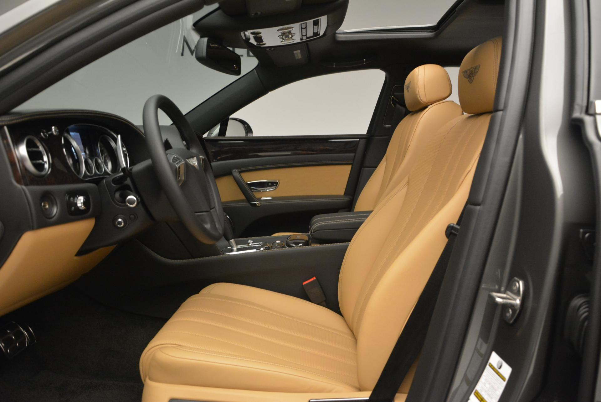 Used 2016 Bentley Flying Spur V8  For Sale In Greenwich, CT 34_p20