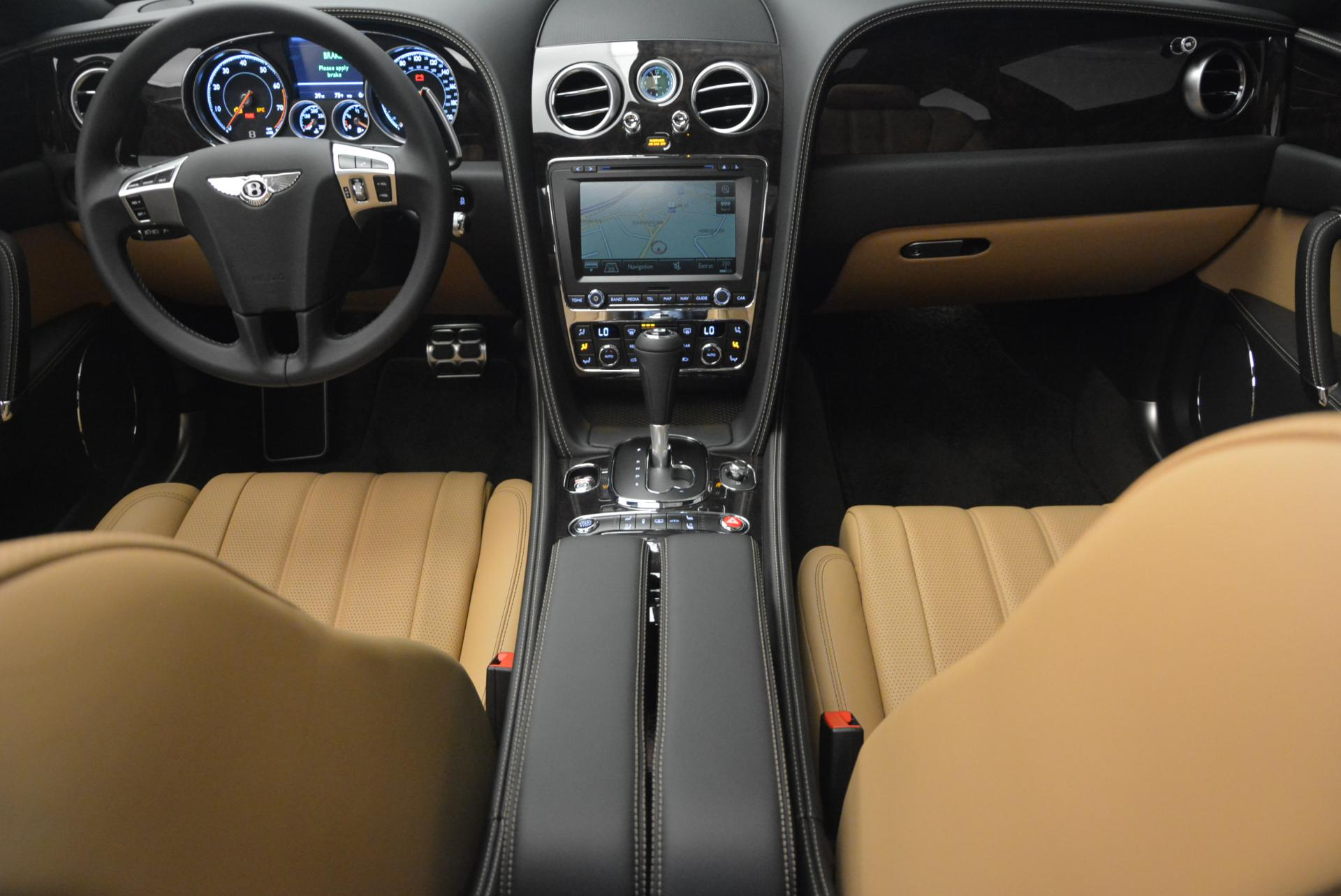 Used 2016 Bentley Flying Spur V8  For Sale In Greenwich, CT 34_p25