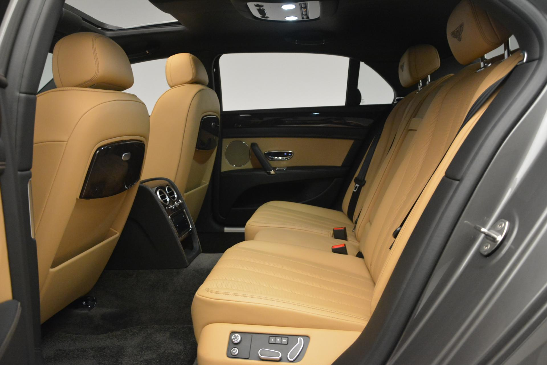 Used 2016 Bentley Flying Spur V8  For Sale In Greenwich, CT 34_p30