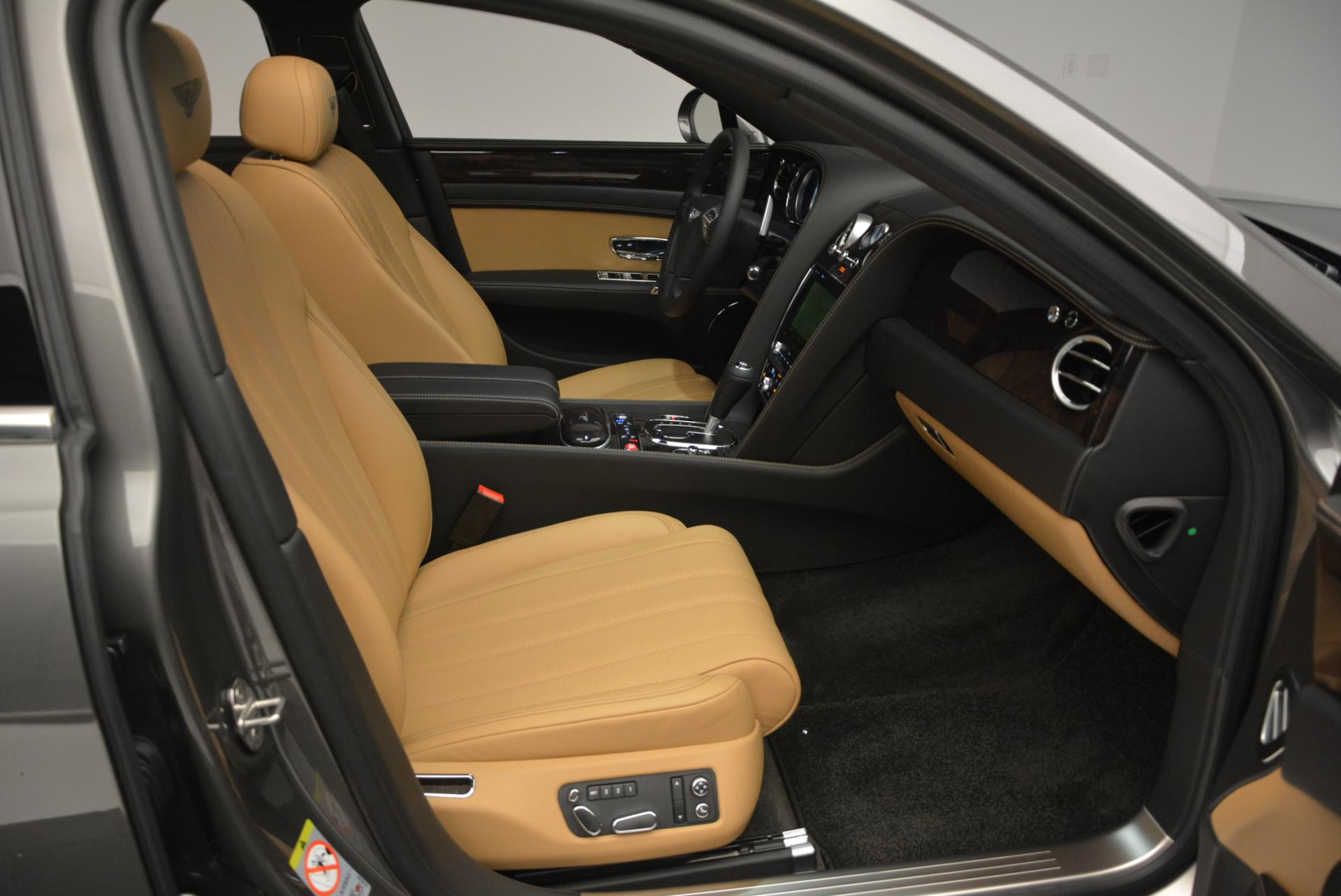 Used 2016 Bentley Flying Spur V8  For Sale In Greenwich, CT 34_p35