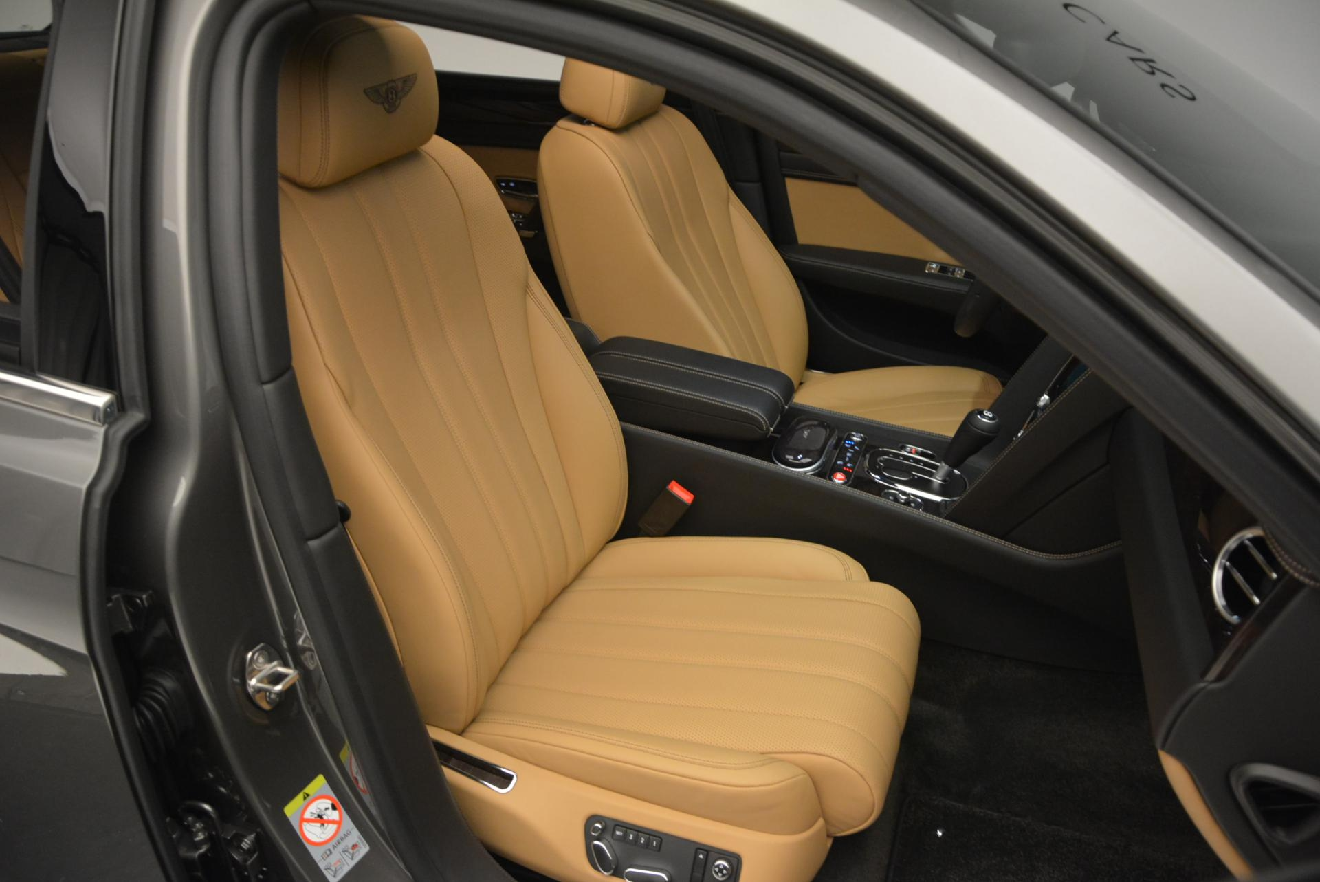 Used 2016 Bentley Flying Spur V8  For Sale In Greenwich, CT 34_p36