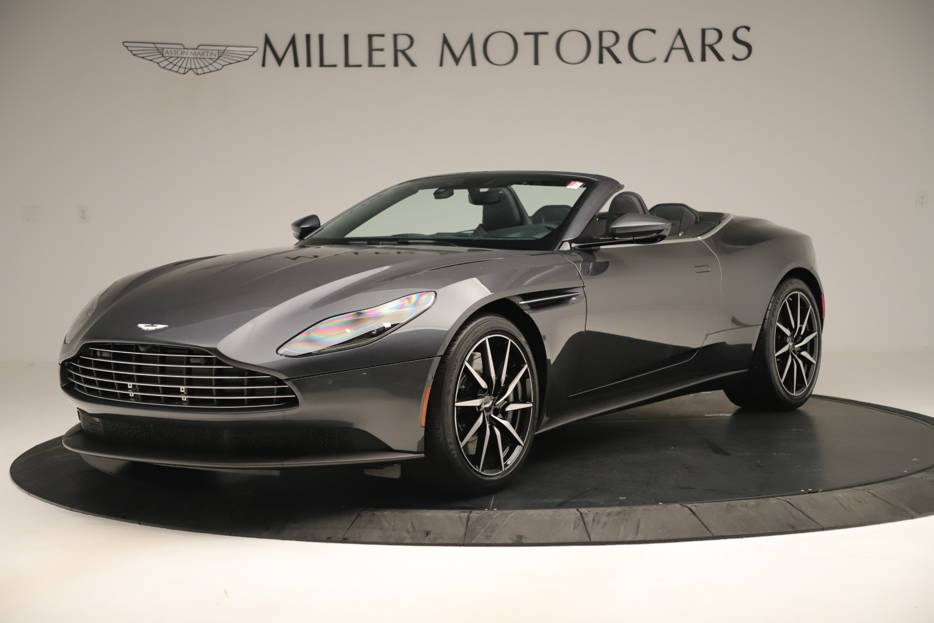 New 2019 Aston Martin DB11 V8 For Sale In Greenwich, CT 3400_main