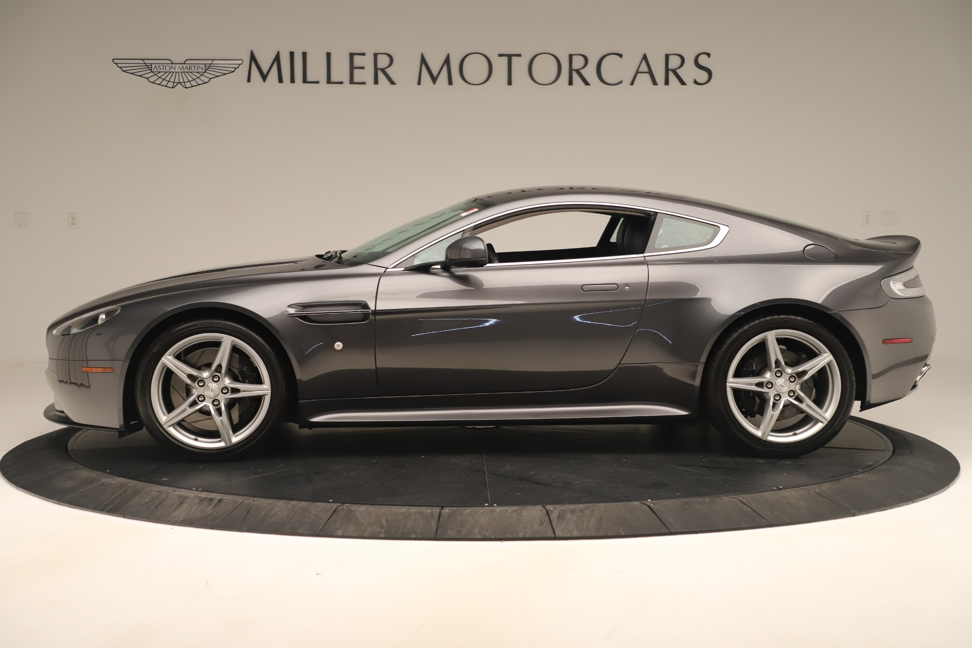 Used 2016 Aston Martin V8 Vantage S For Sale In Greenwich, CT 3402_p2