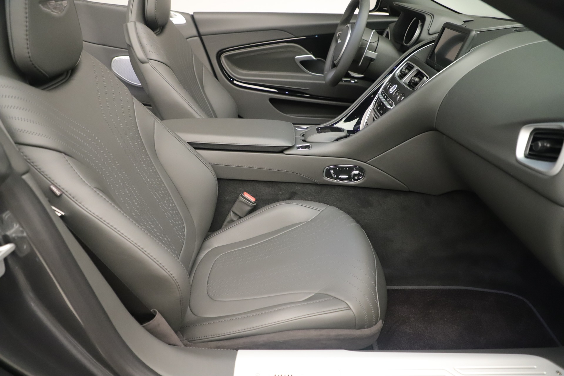New 2020 Aston Martin DB11 V8 Convertible For Sale In Greenwich, CT 3406_p21