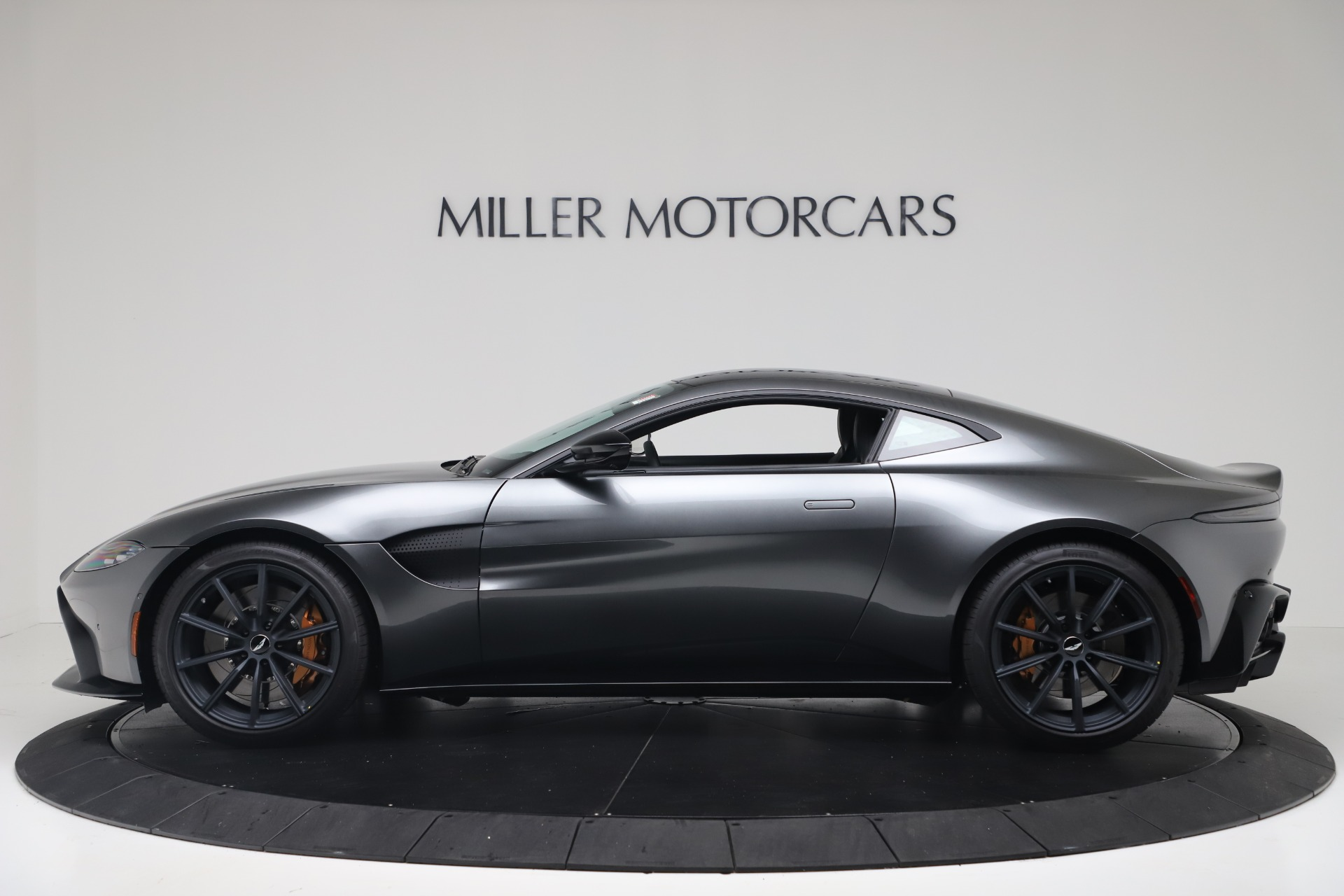 New 2020 Aston Martin Vantage V8 For Sale In Greenwich, CT 3408_p4