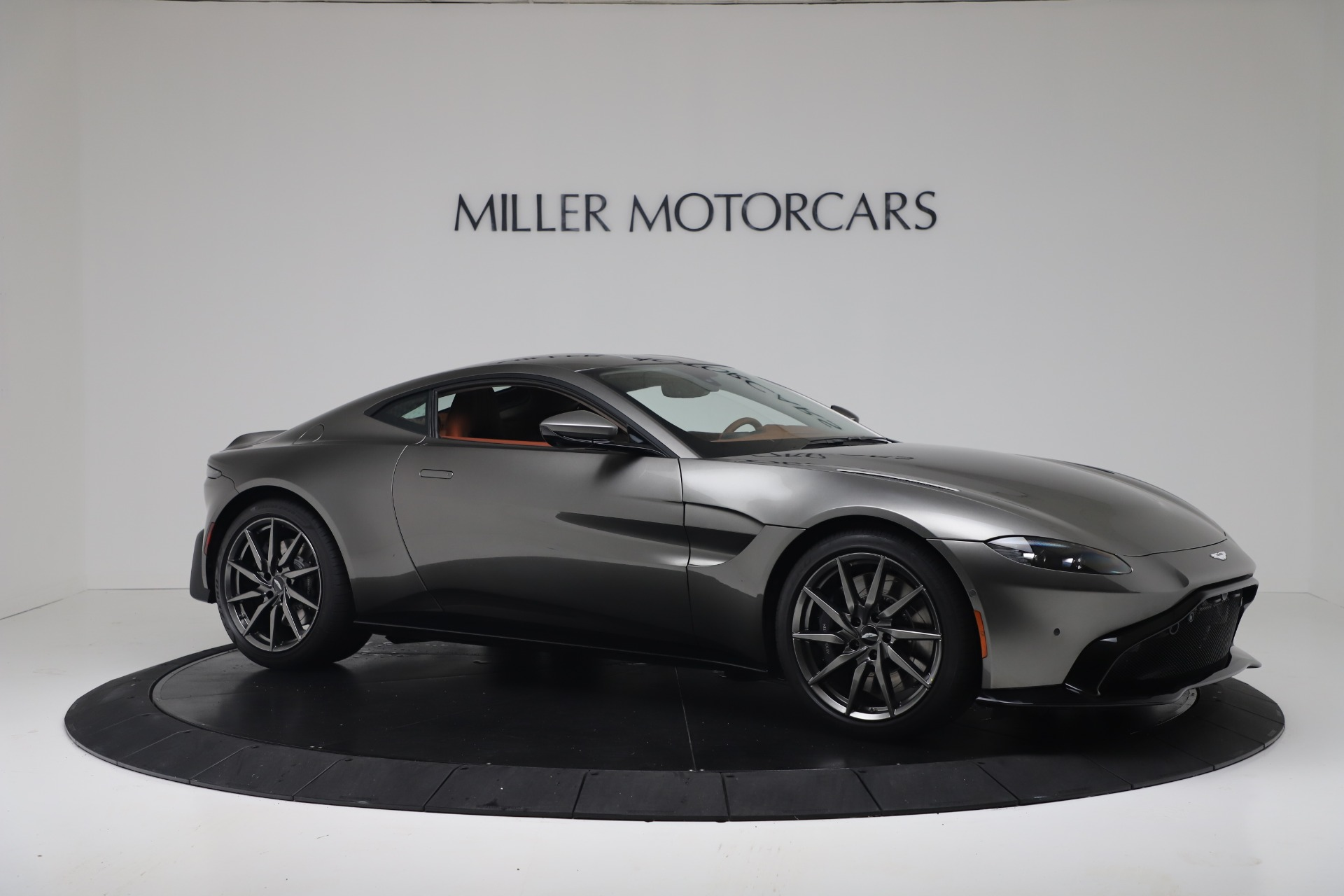 New 2020 Aston Martin Vantage Coupe For Sale In Greenwich, CT 3409_p11