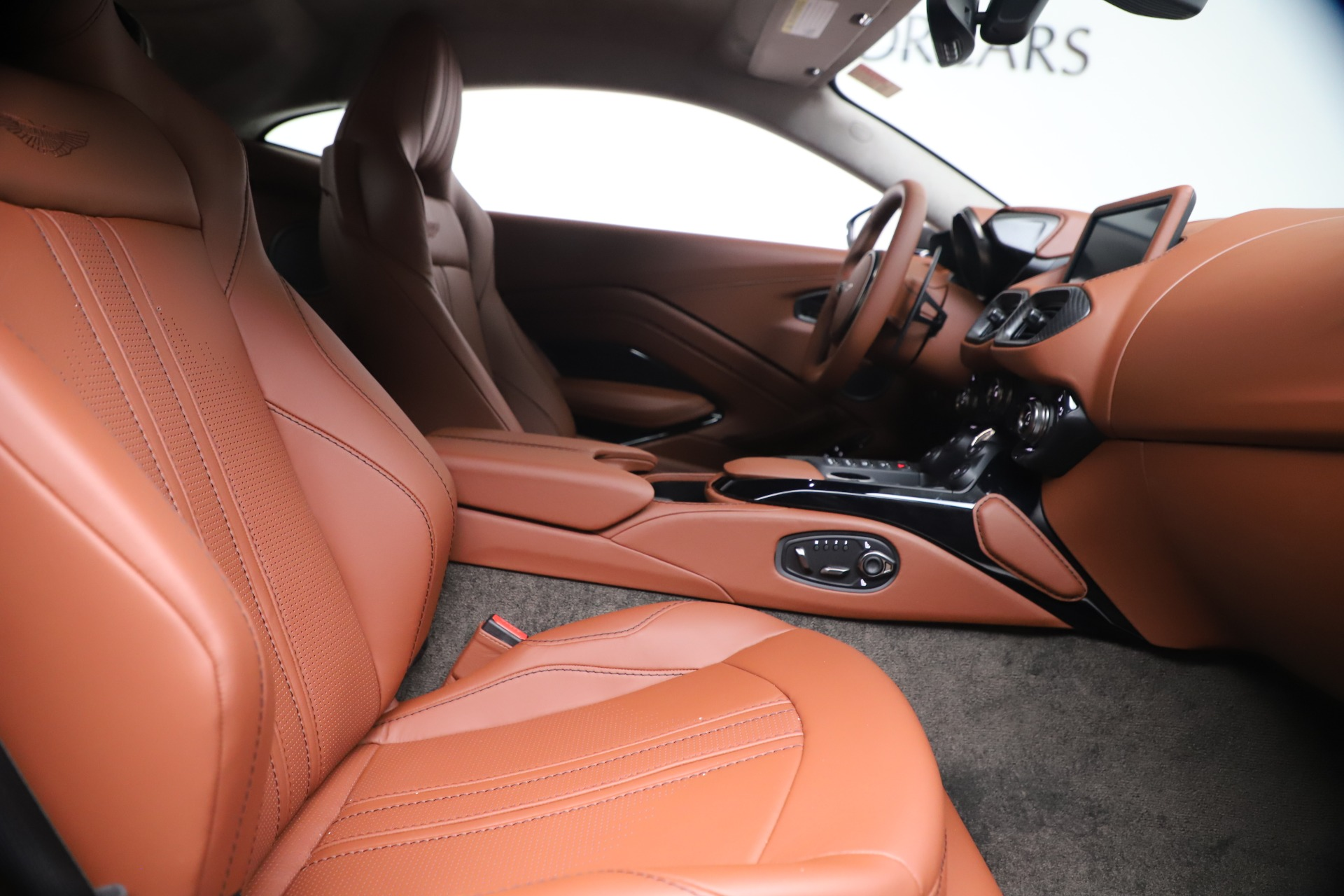New 2020 Aston Martin Vantage Coupe For Sale In Greenwich, CT 3409_p18