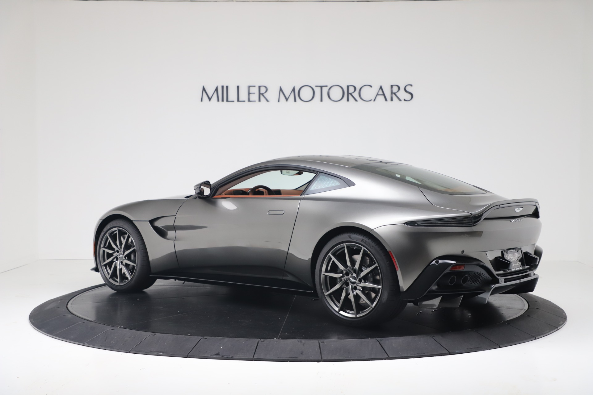 New 2020 Aston Martin Vantage Coupe For Sale In Greenwich, CT 3409_p5