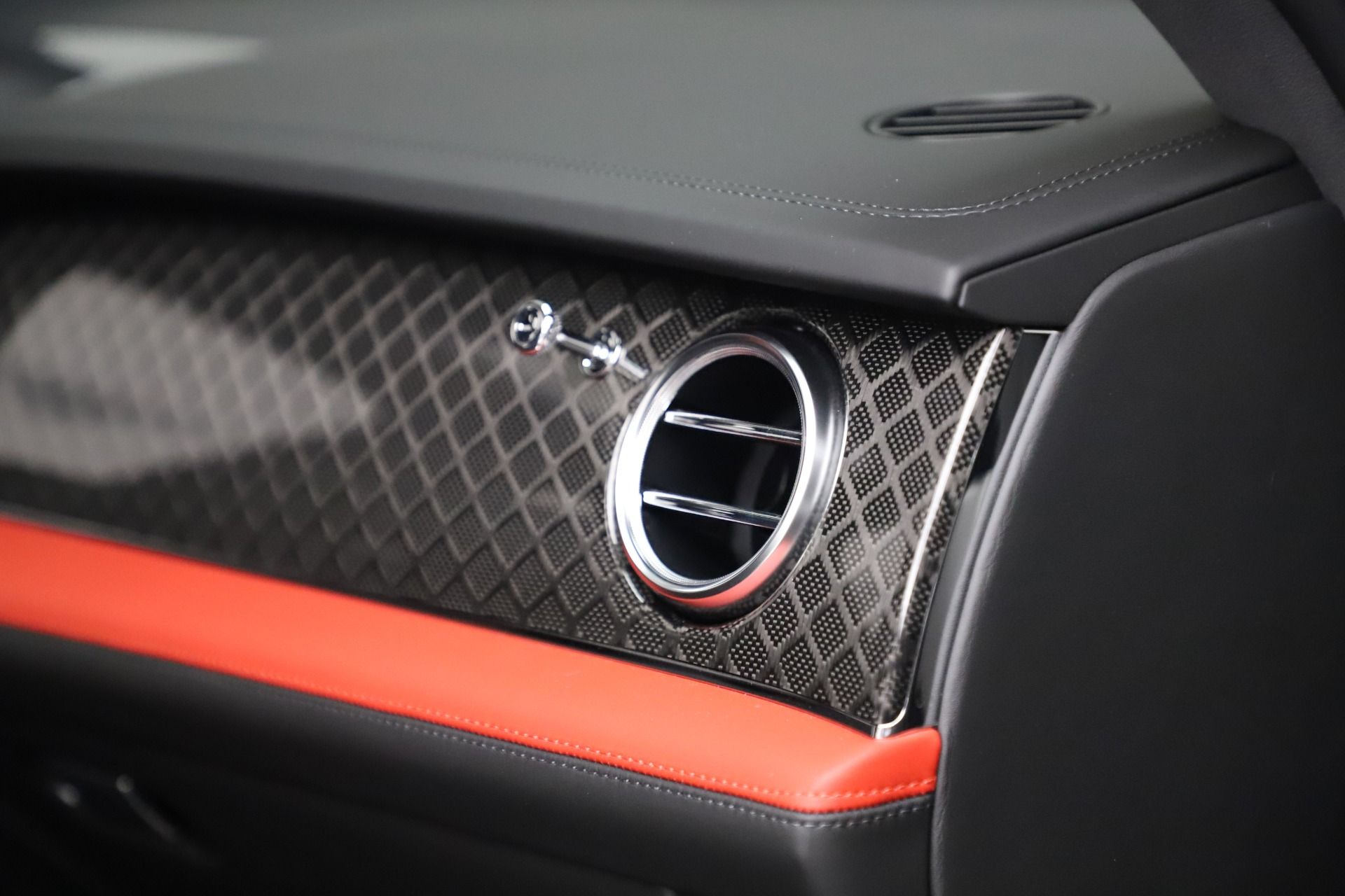 New 2020 Bentley Bentayga V8 Design Series For Sale In Greenwich, CT 3414_p22