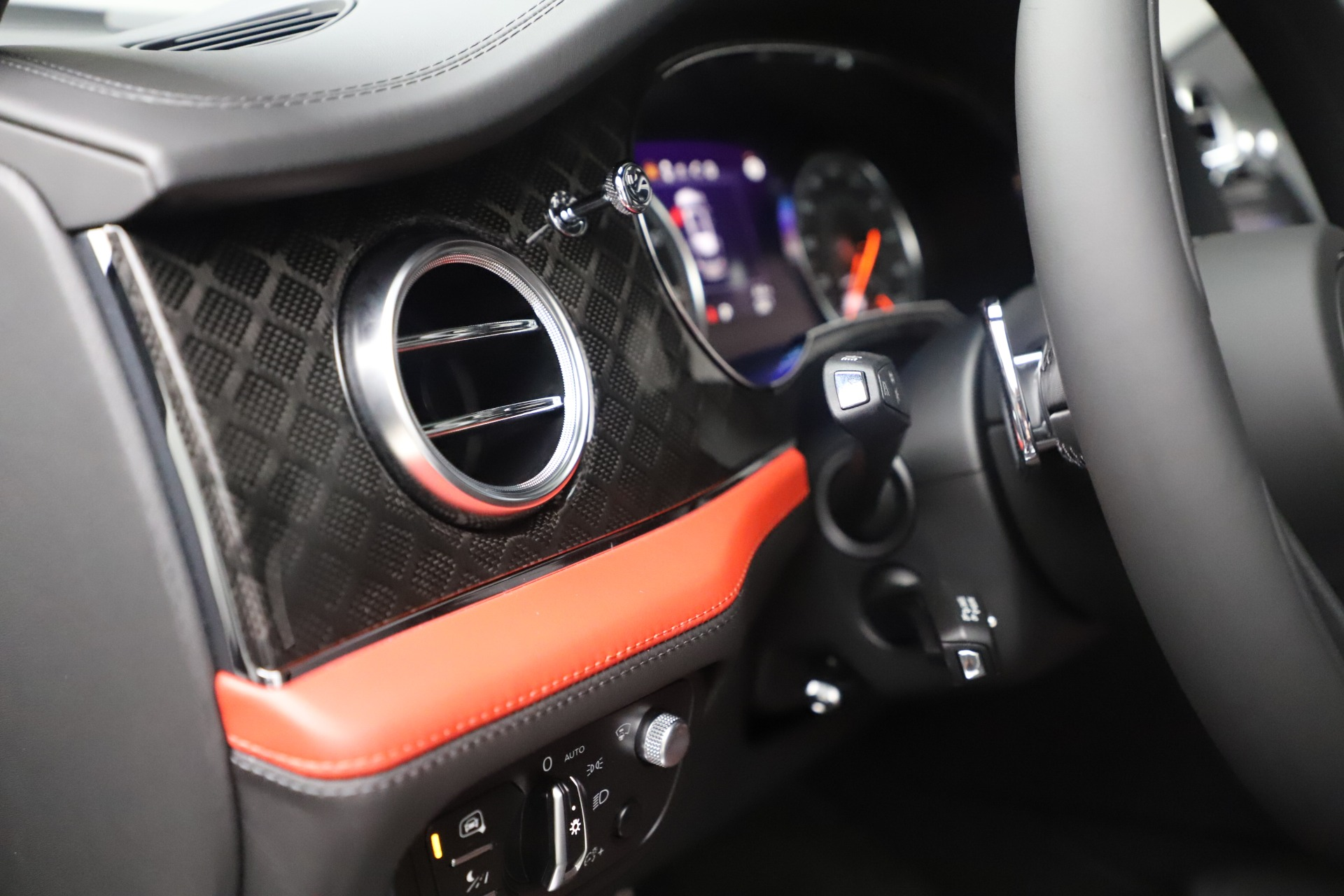 New 2020 Bentley Bentayga V8 Design Series For Sale In Greenwich, CT 3414_p28