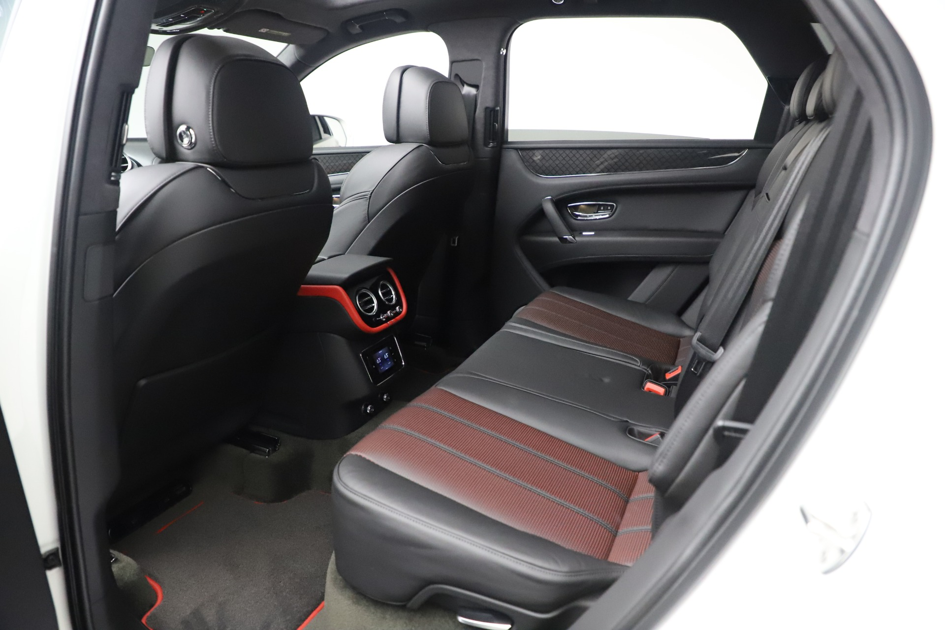 New 2020 Bentley Bentayga V8 Design Series For Sale In Greenwich, CT 3414_p29