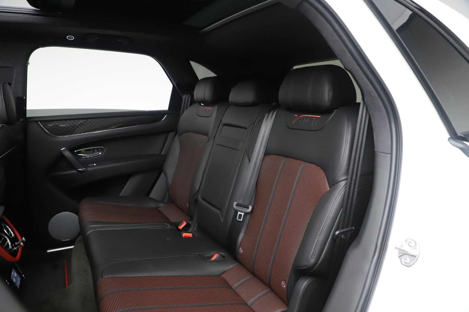 New 2020 Bentley Bentayga V8 Design Series For Sale In Greenwich, CT 3414_p30
