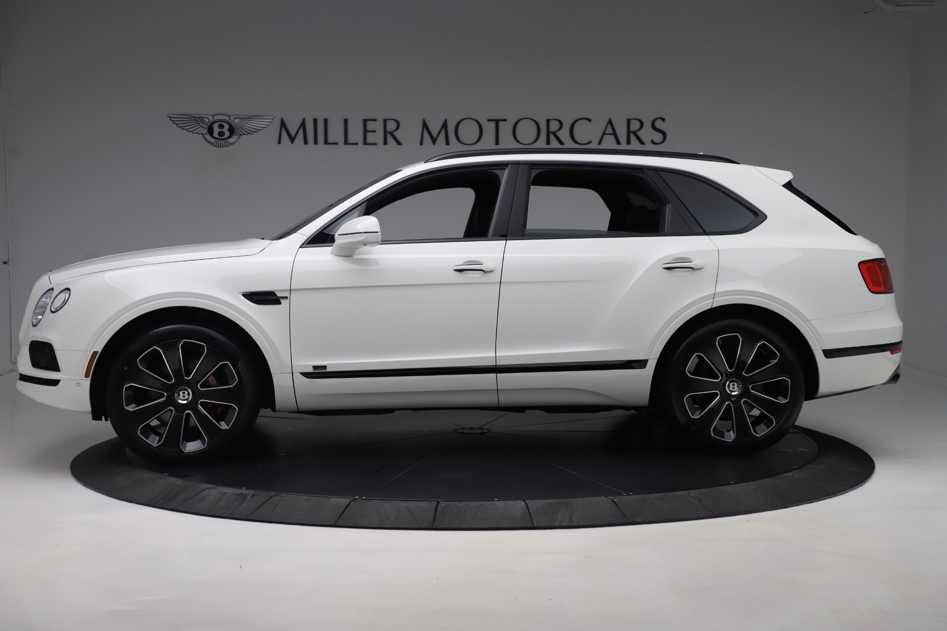 New 2020 Bentley Bentayga V8 Design Series For Sale In Greenwich, CT 3414_p4