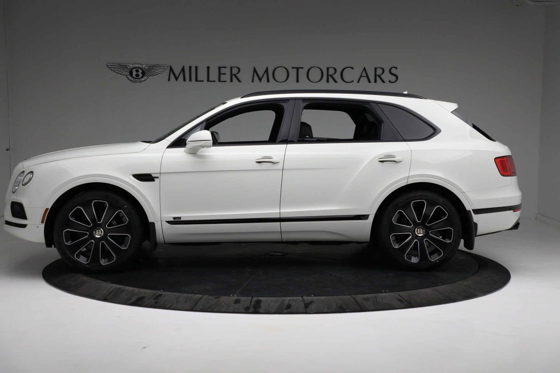 New 2020 Bentley Bentayga V8 Design Series For Sale In Greenwich, CT 3417_p3