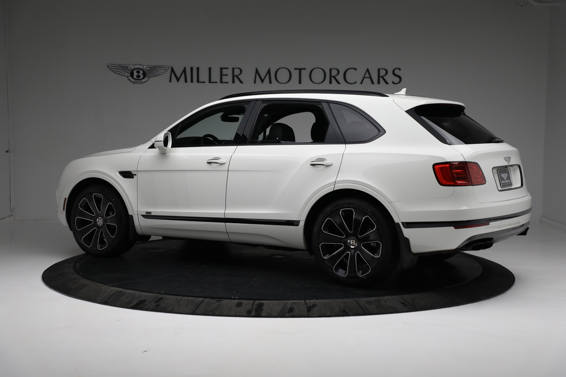 New 2020 Bentley Bentayga V8 Design Series For Sale In Greenwich, CT 3417_p4